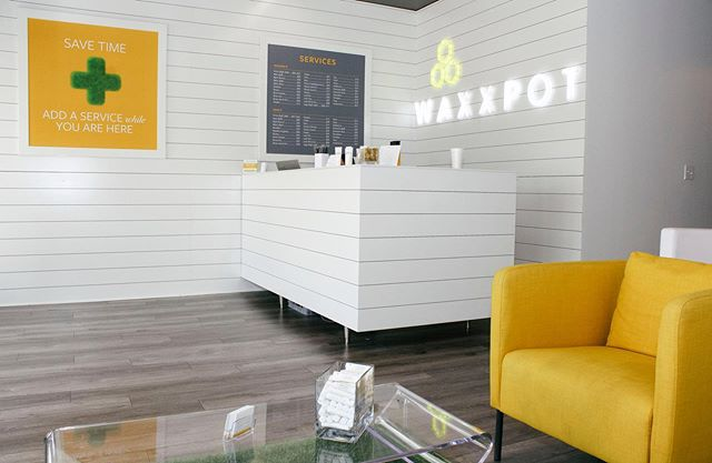 Buzz into Waxxpot for any of your last minute waxing needs before heading out of town for the long weekend! 🐝⠀ ⠀ Book your appointment 🔜 by calling (404) 303-9500 or walk-in! Located in the Whole Foods shopping center off of Roswell Rd. ⠀ ⠀ #clientspotlight #smallbusinessatlanta