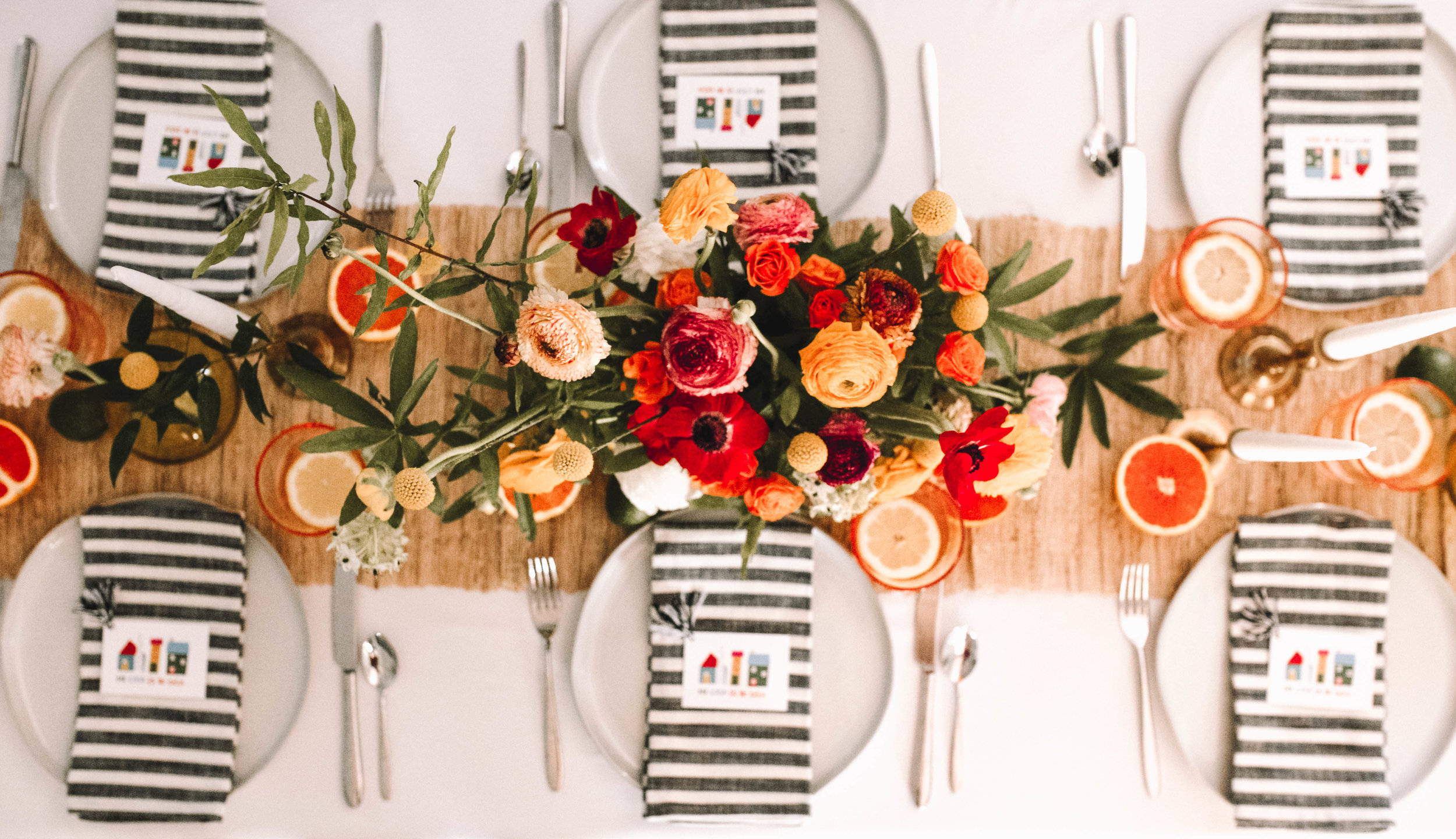 Beautful photos by,  @abbeyeaves . Tablescape by,  @christiburnett. Flowers by  @naturespoetryfloraldesign