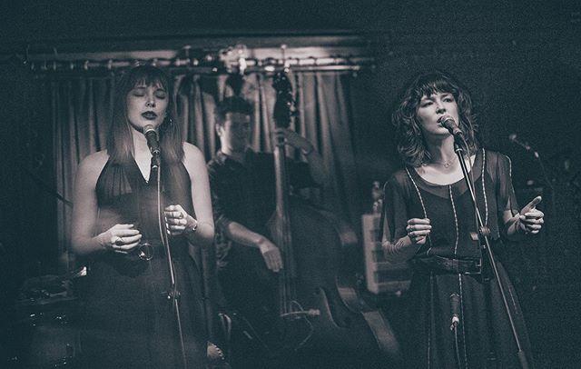 TONIGHT @atwoods_tavern @katbradband at 9:30 we play *full band* at 10:30 📷 @holysmokephotography