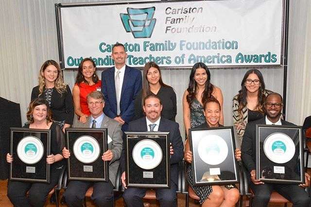 #tbt 2017 Awards Ceremony nominators and honorees ❤️ . . . Back Row L-R: Angelica Ayala, Isela Rosales, Jim Spratling, Gabriela Gonzales, Daniela Andrade, Elizabeth Morales . . . Front Row L-R: Michele VanNieuwenhuyzen, Brian Deller, Kenneth Fisher, Nicole Robinson, Jason Lee Morgan . . . 📷 @momatter . . . #excellence #education  #highschool #awards #recognition #teachersofinstagram #nominate #great #teachers #millvalley #marin #california