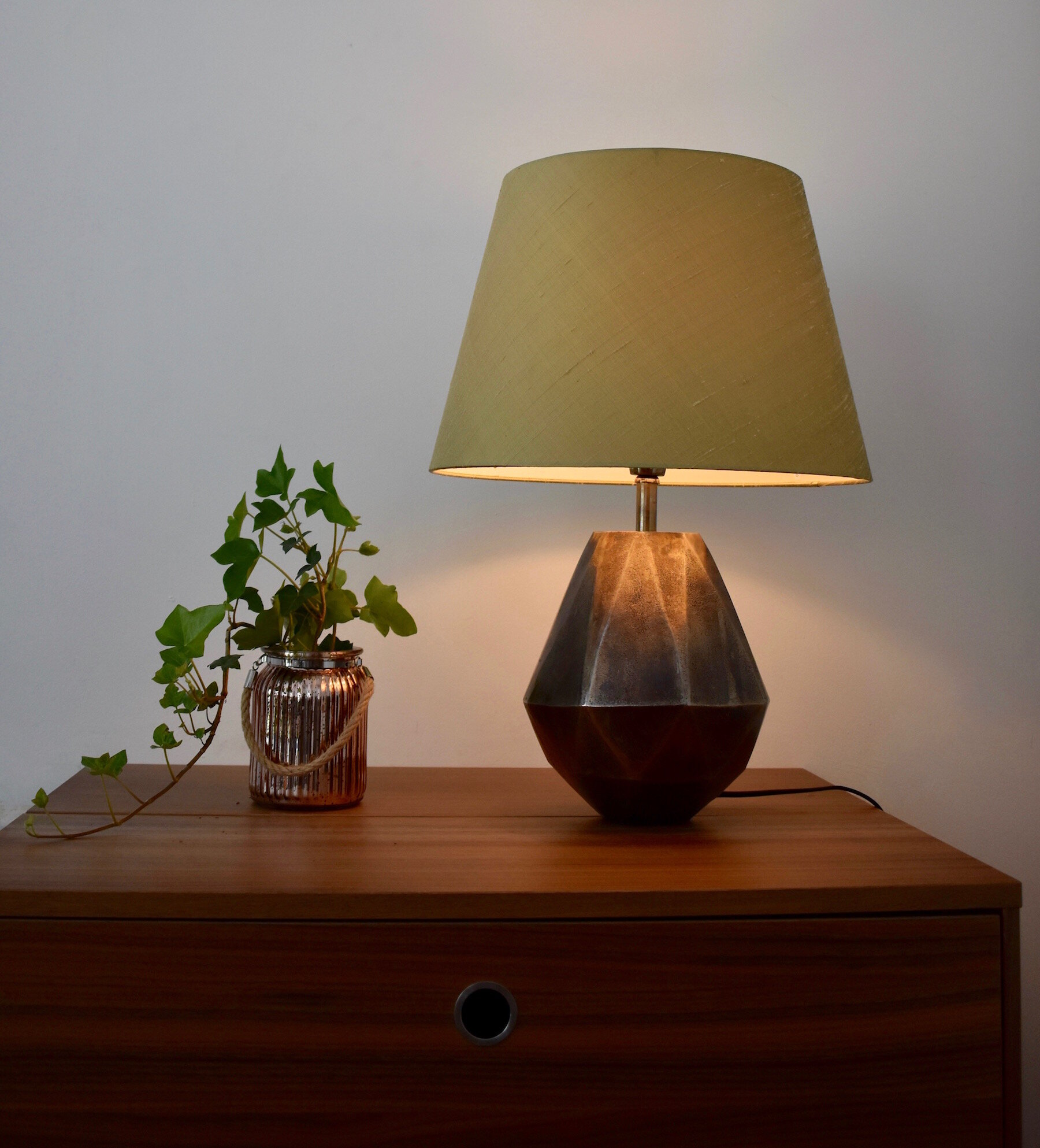 Lamp Shade Gallery Feature Lighting, Silk Lamp Shades For Table Lamps Uk