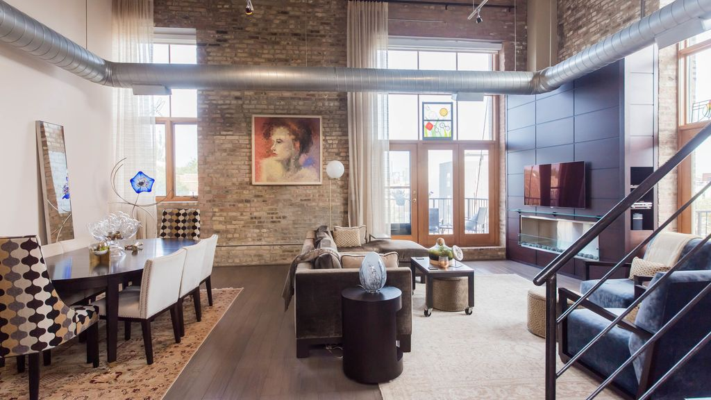 Custom Built Fireplace & Entertainment wall