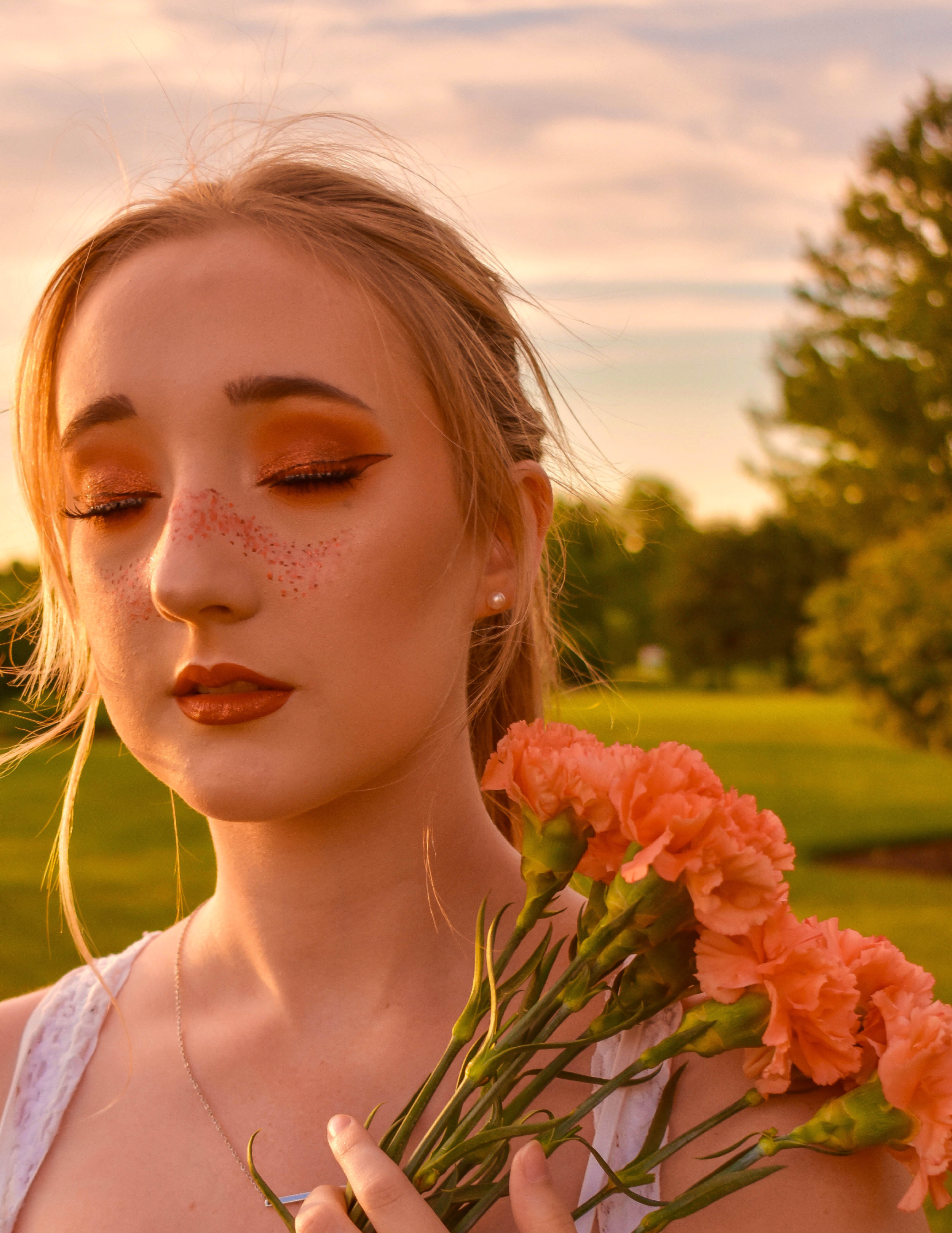 Lauren Orange Flowers10.png
