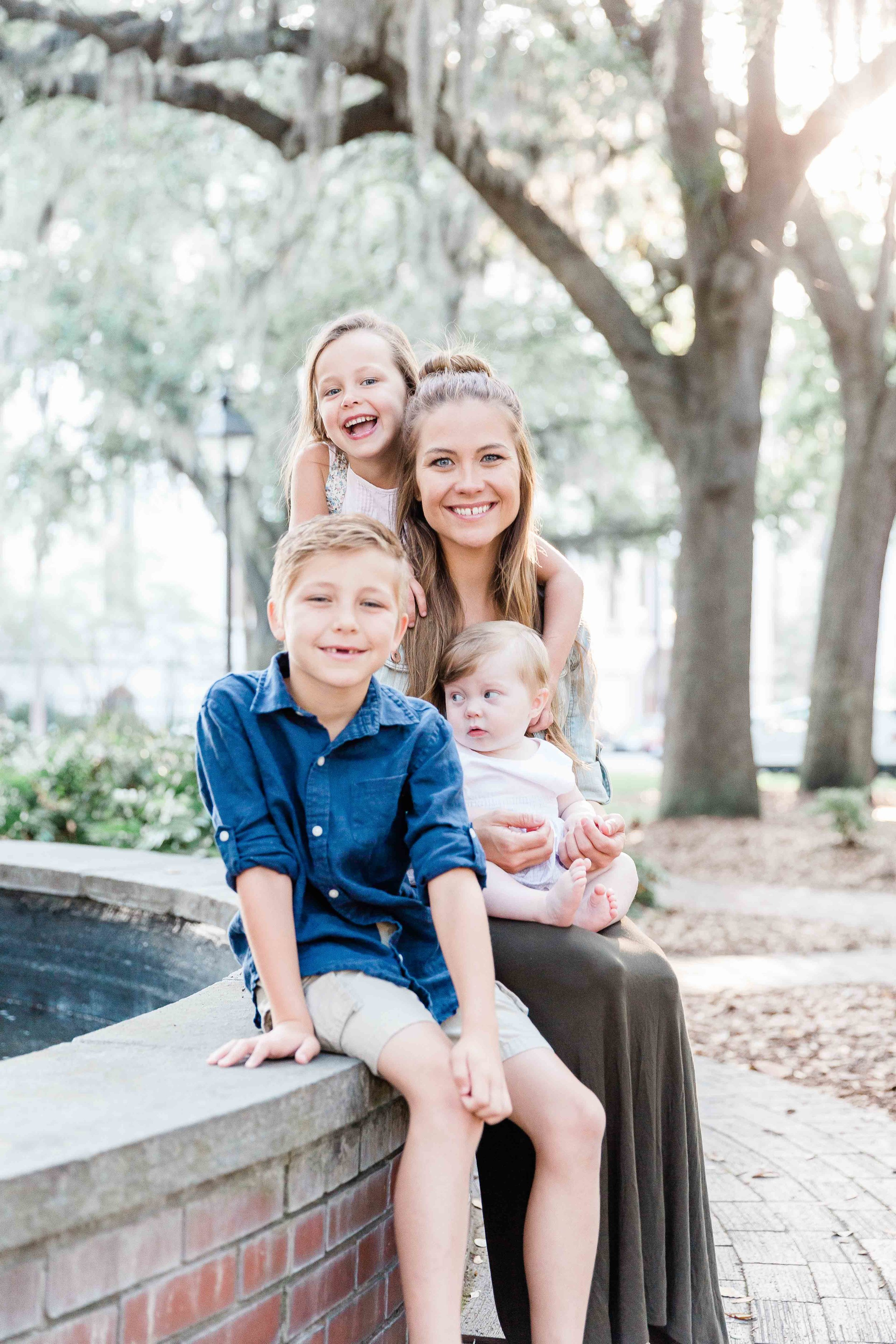 20190526Georgia-Savannah-lafayette square-brittany sims mothers day session02.jpg