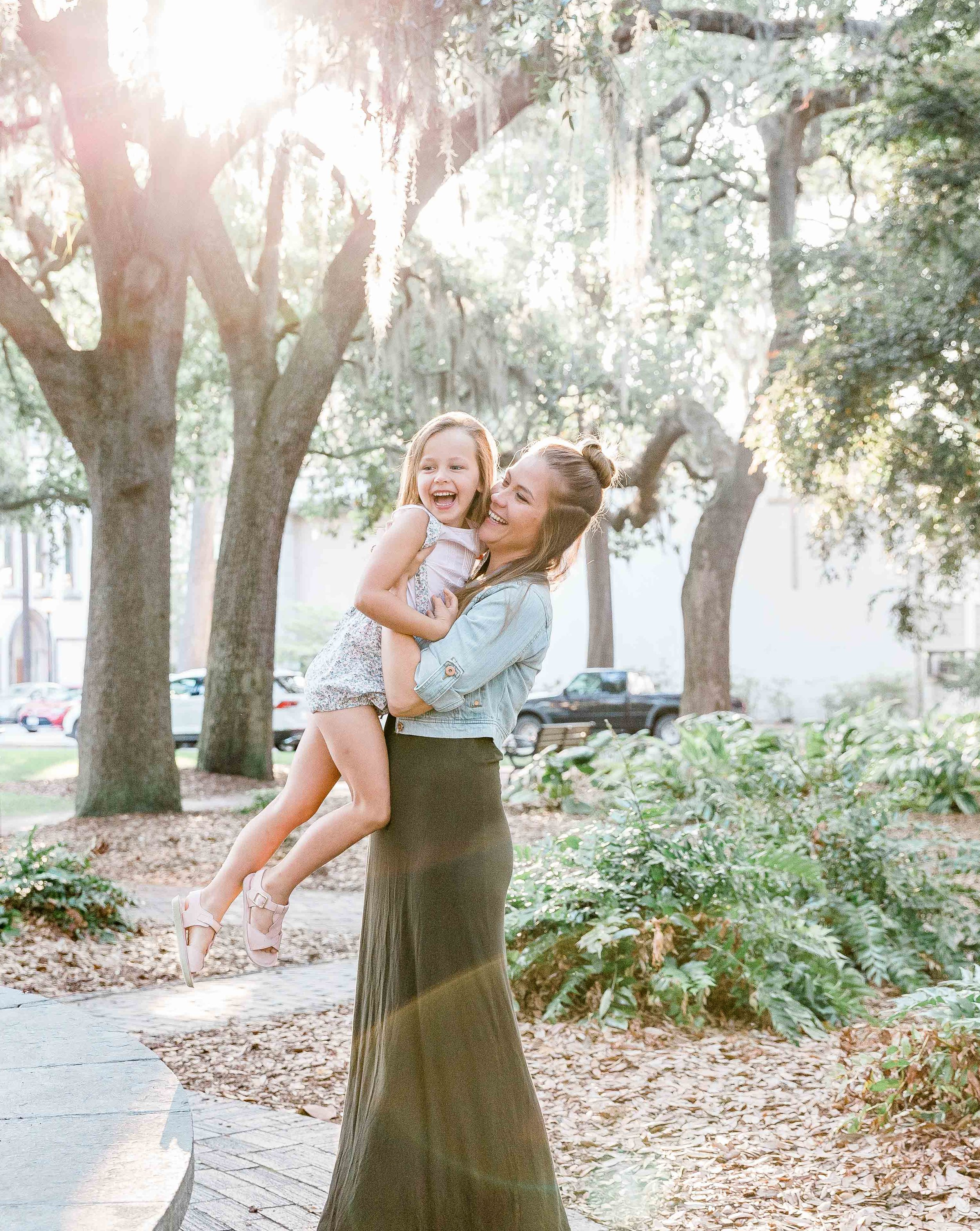 20190526Georgia-Savannah-lafayette square-brittany sims mothers day session10.jpg