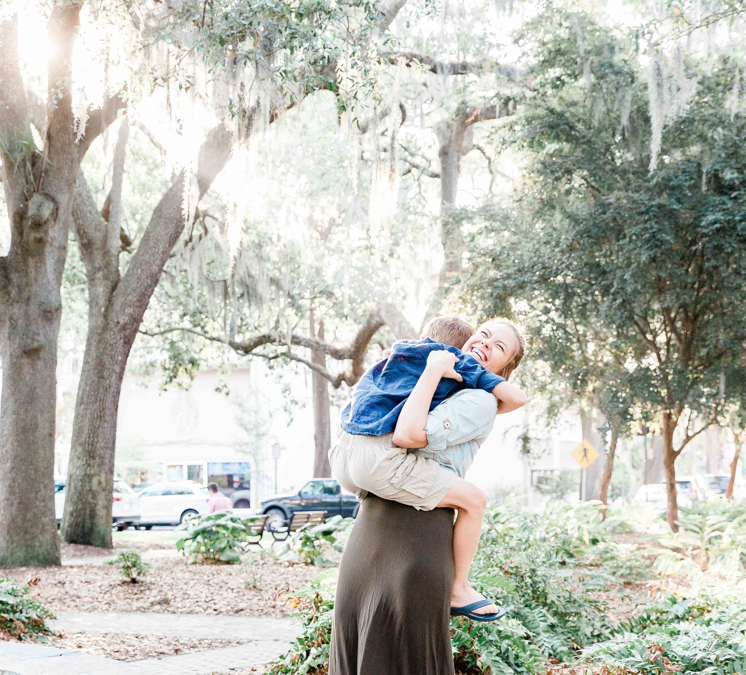 20190526Georgia-Savannah-lafayette square-brittany sims mothers day session12.jpg
