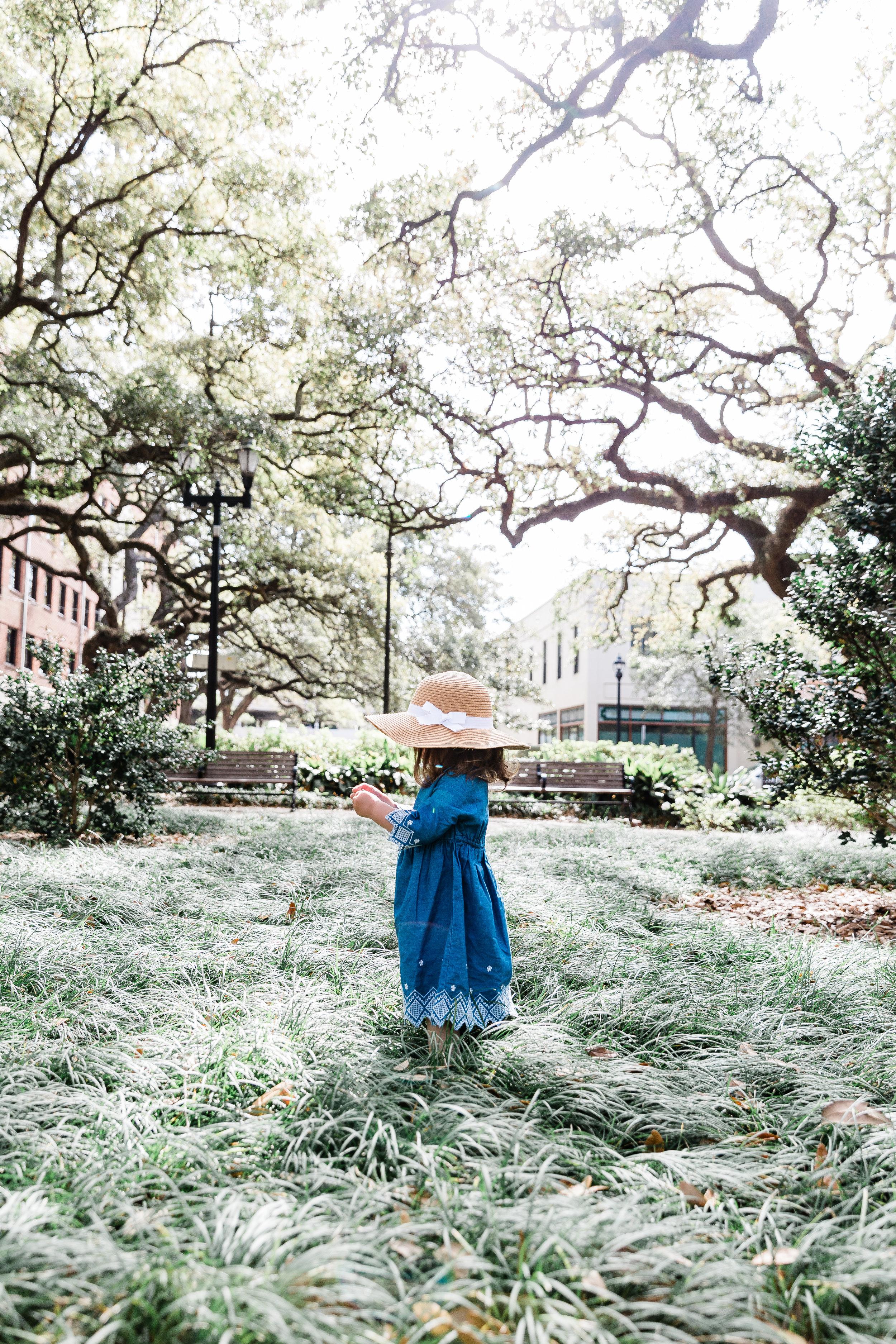 20190331-Georgia-reynolds square-Meghan Gardner-Southern Lens Photography-Savannah Photographer-downtown savannah27.jpg