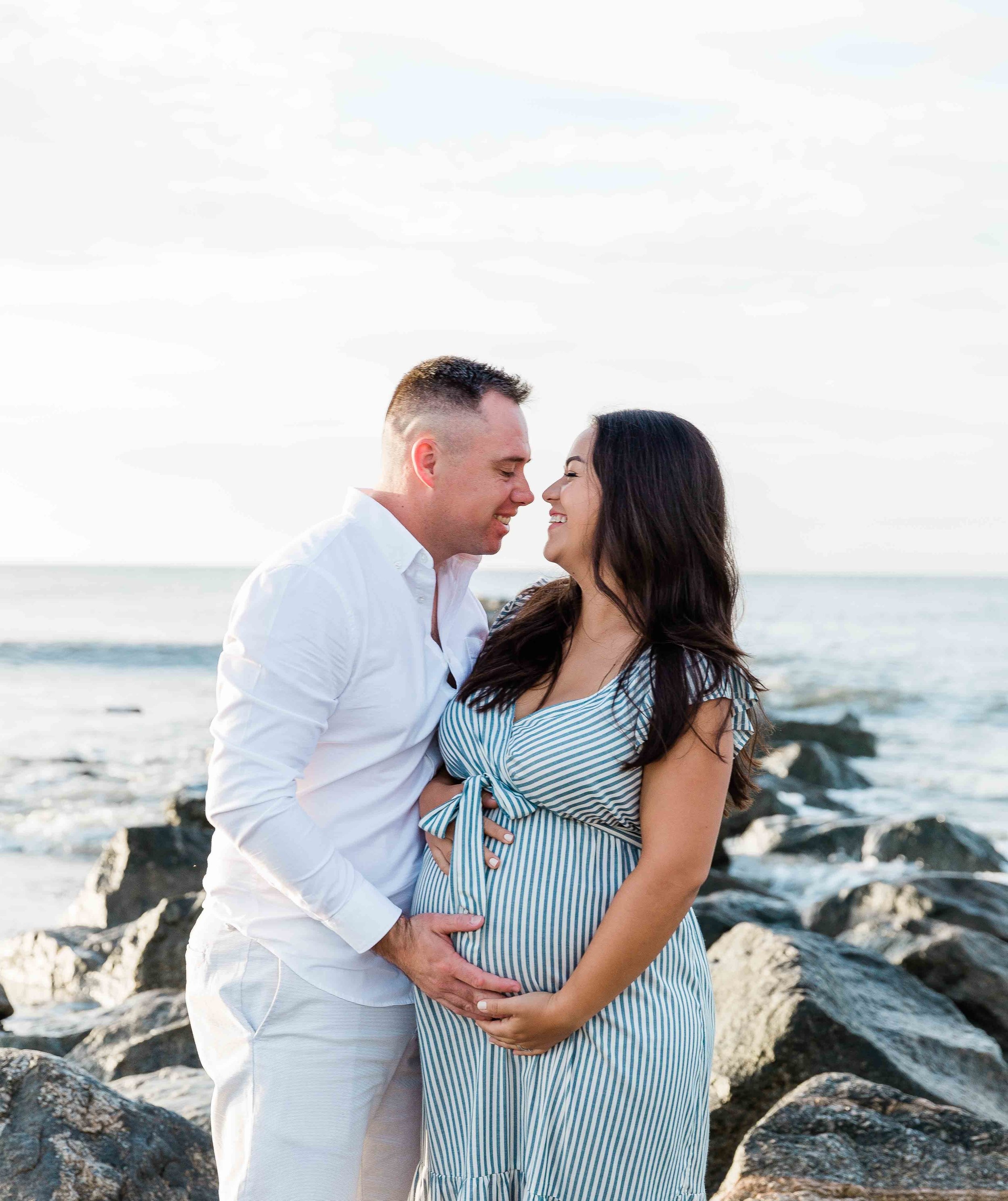 AJ0A6969Tybee Island and Pulaski Square Maternity Session02.jpg