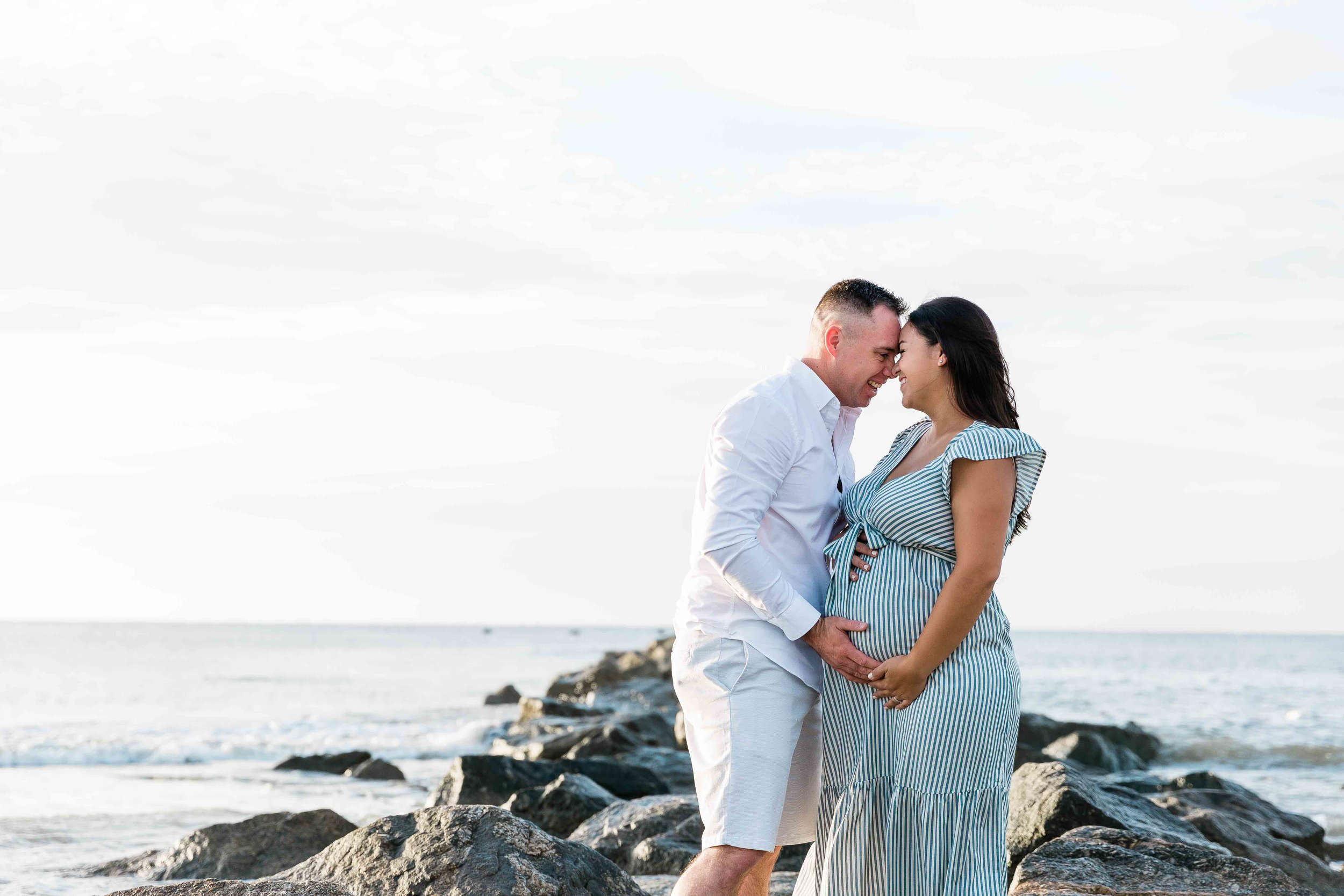 AJ0A7009Tybee Island and Pulaski Square Maternity Session04.jpg