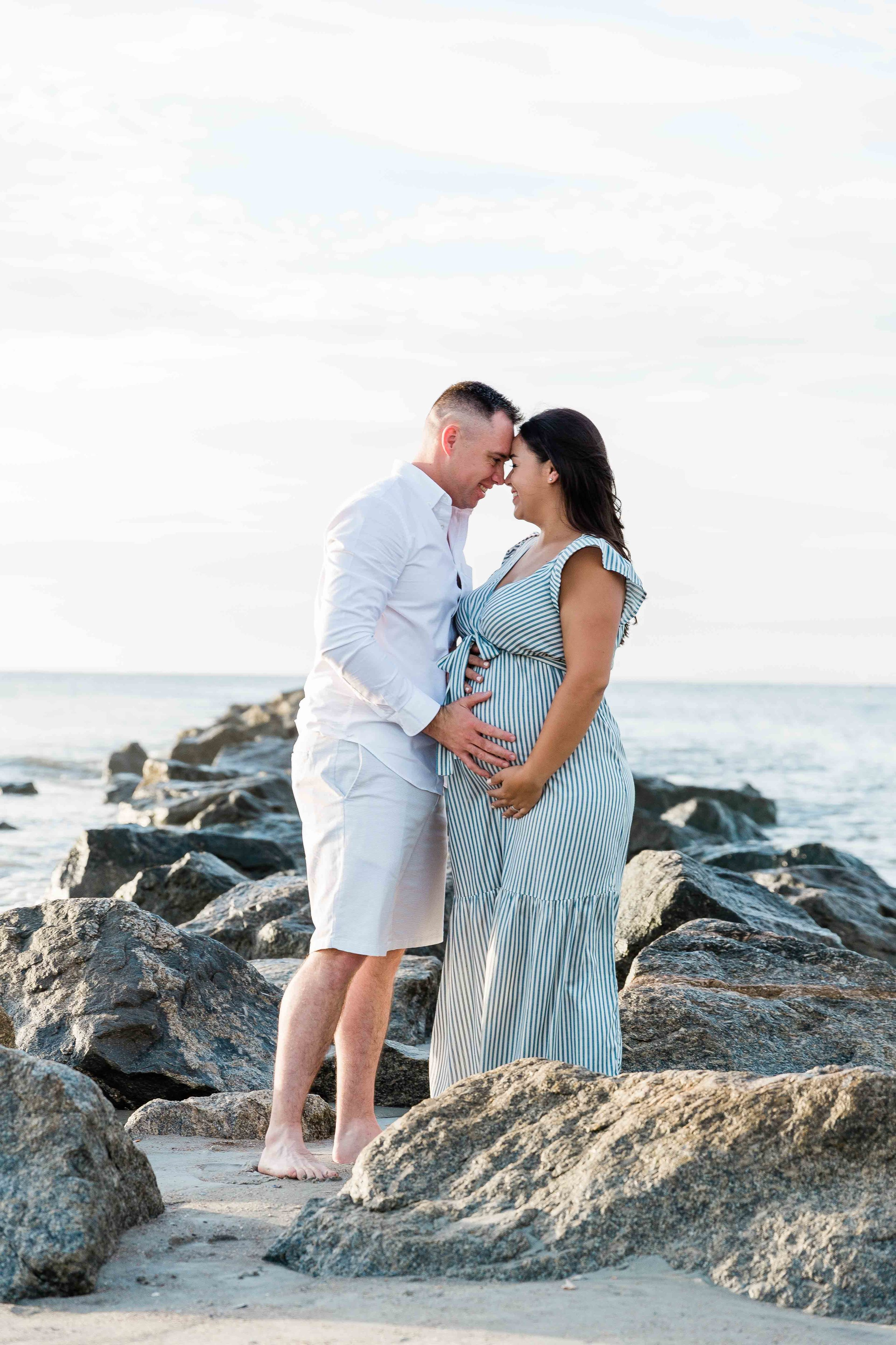 AJ0A7000Tybee Island and Pulaski Square Maternity Session03.jpg