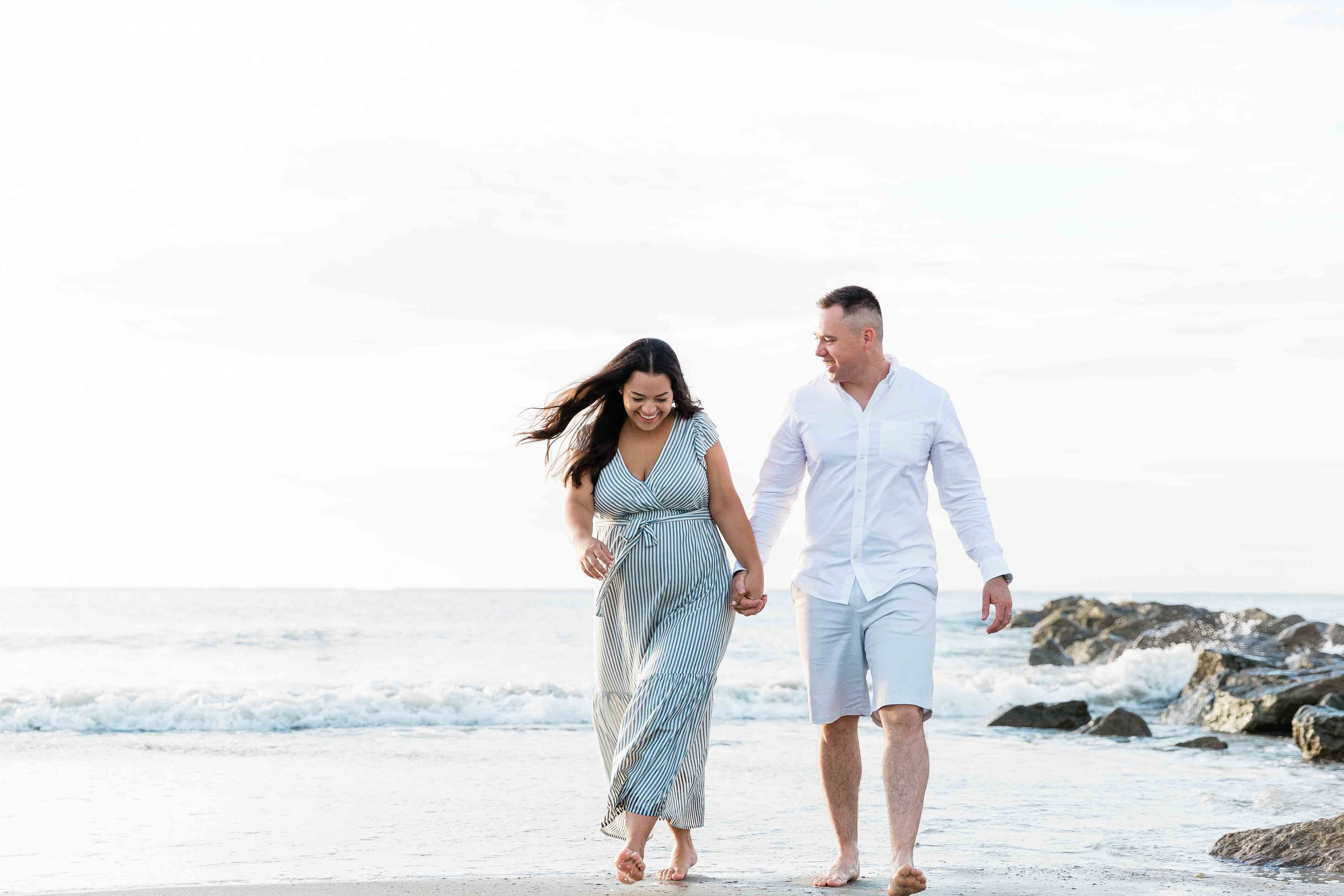 AJ0A7090Tybee Island and Pulaski Square Maternity Session08.jpg