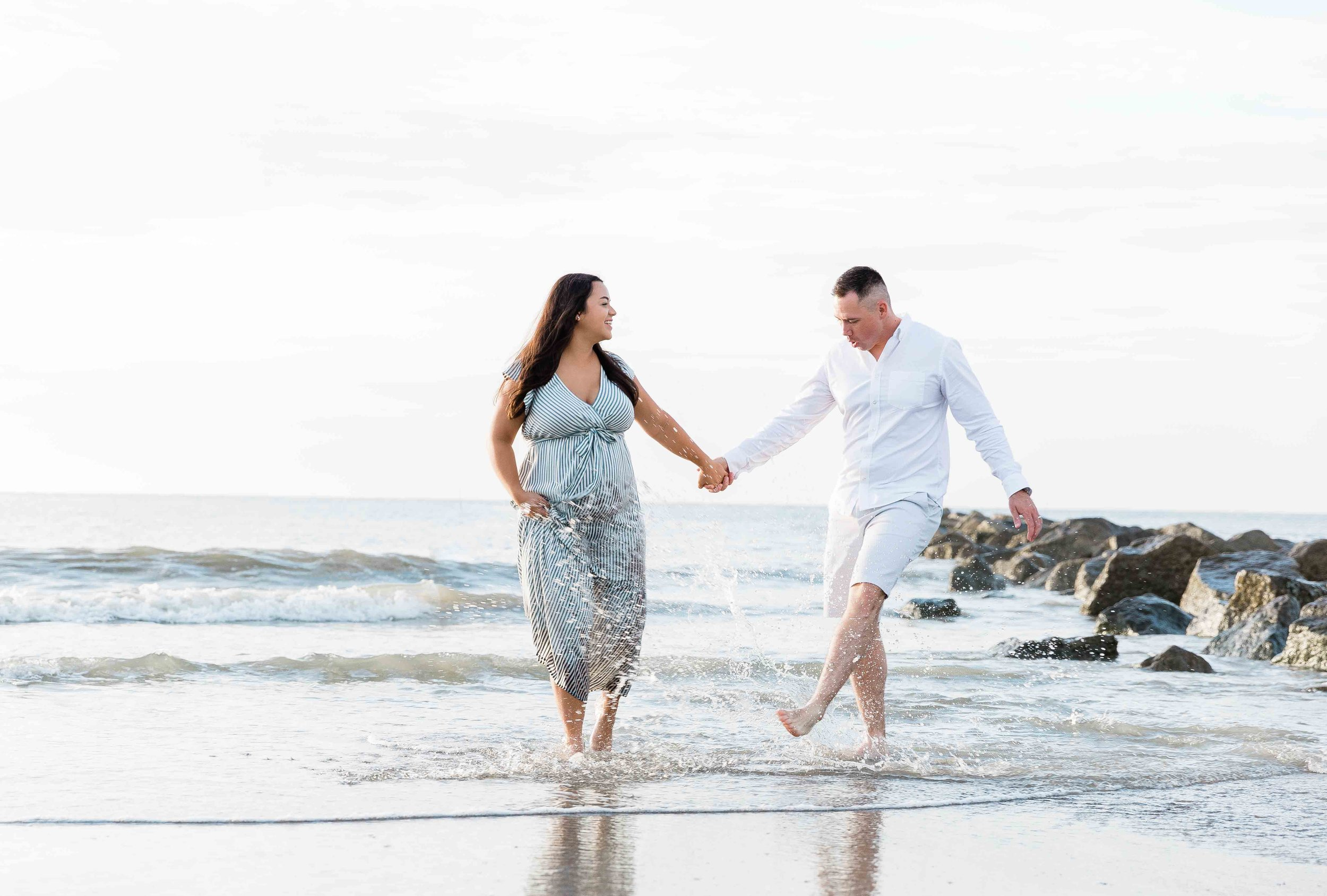 AJ0A7103Tybee Island and Pulaski Square Maternity Session09.jpg
