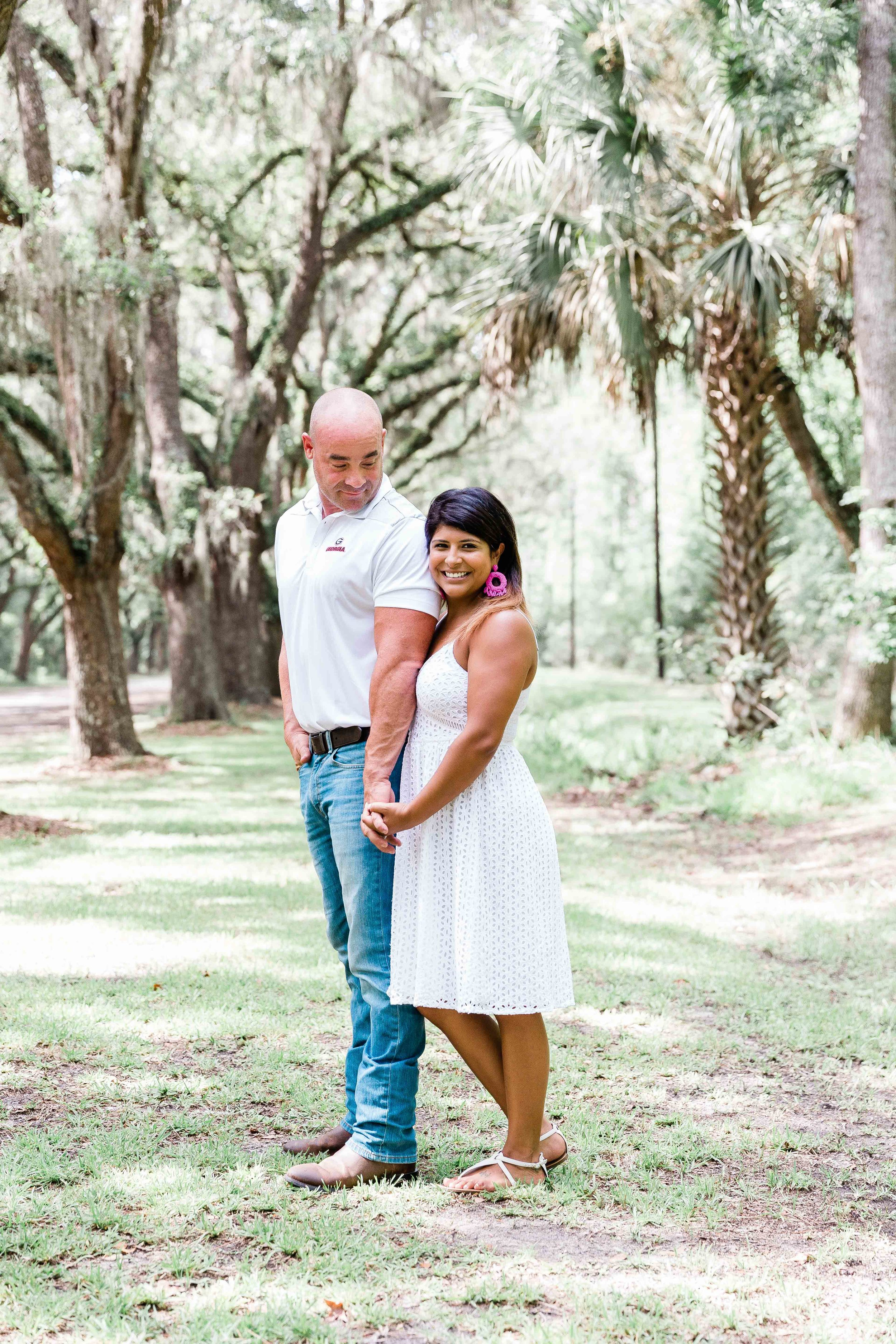 AJ0A8570Reynolds Square and Wormsloe Engagement Session08.jpg