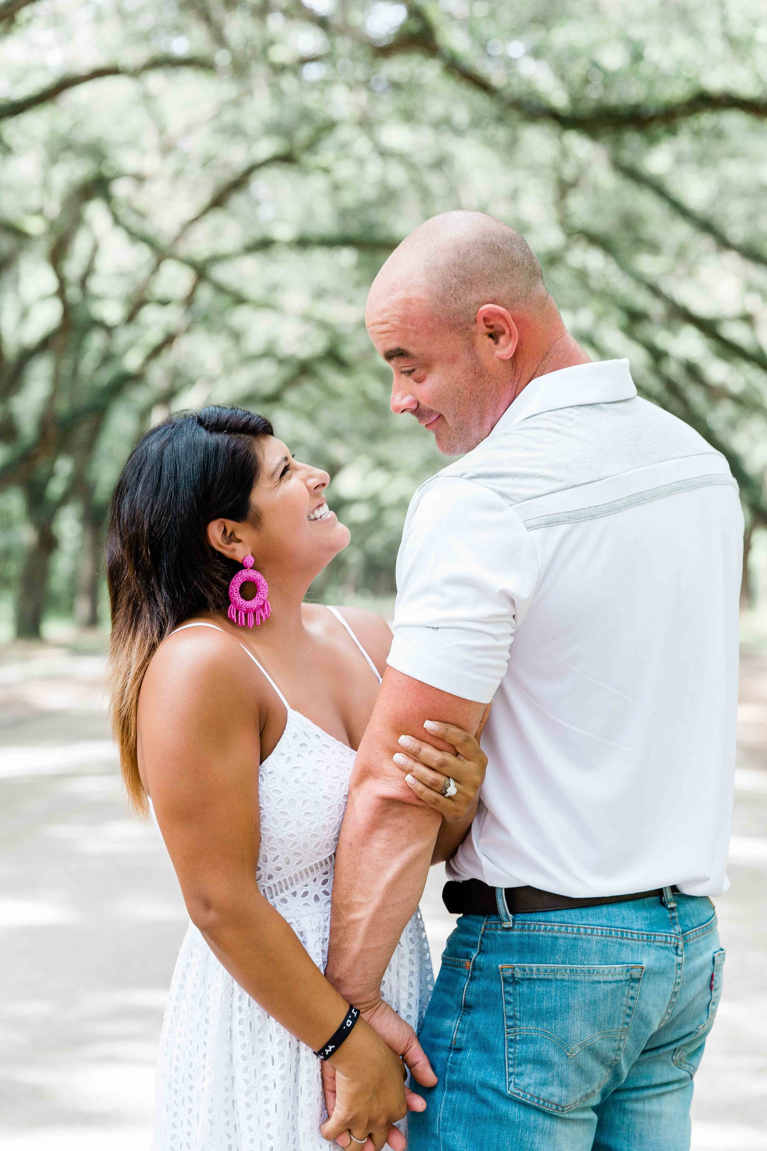 AJ0A8593Reynolds Square and Wormsloe Engagement Session11.jpg