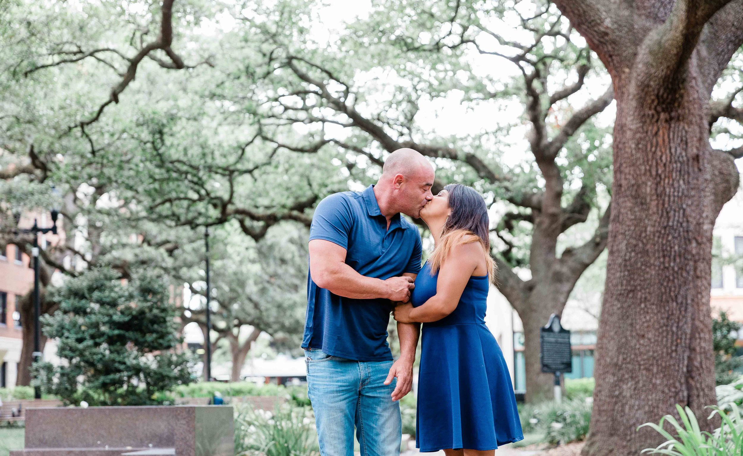 AJ0A8356Reynolds Square and Wormsloe Engagement Session02.jpg
