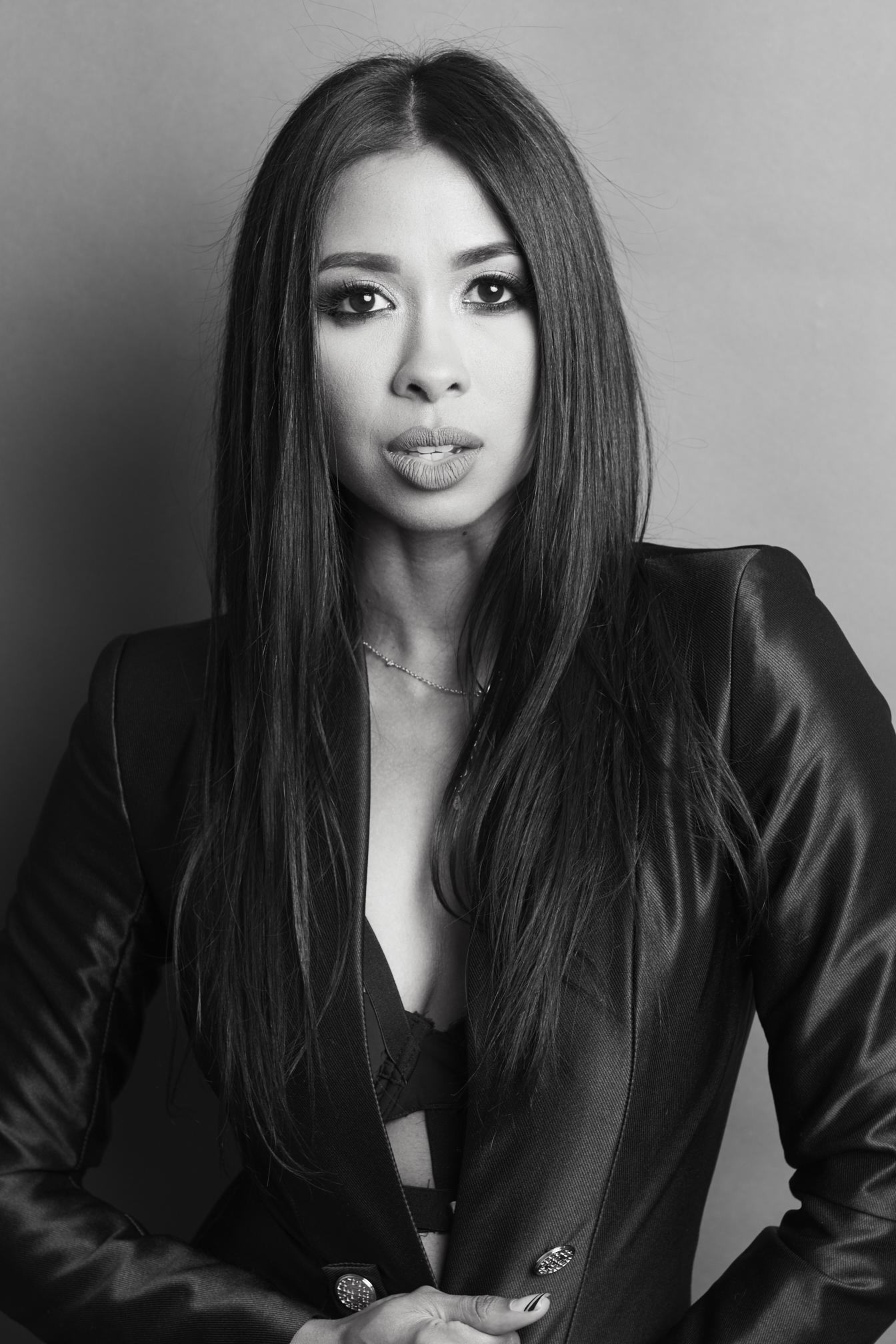 Alicia Oliveri - Makeup Artist