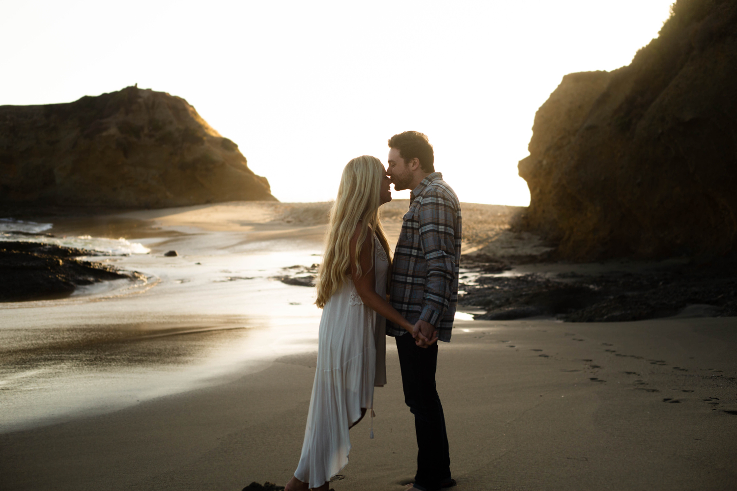 Engagement Session Orange County Photography Laguna Beach Ocean Newport Beach San Clemente Wedding Photographer Family Portrait Elopement Destination Wedding Photographer California Bohemian - 2.jpg
