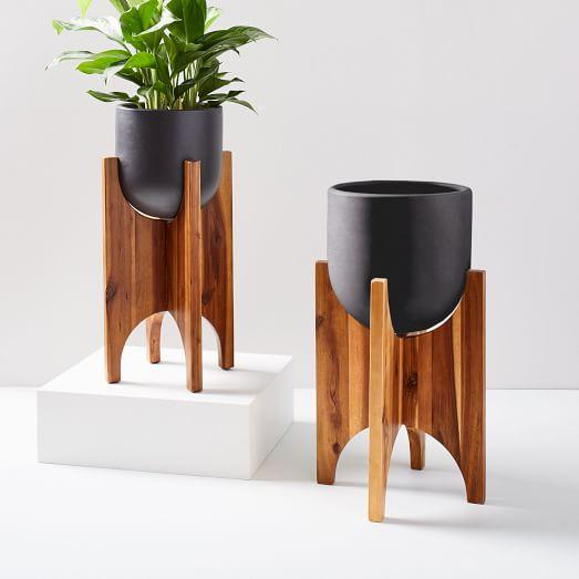 arches-standing-planters-black-c.jpg