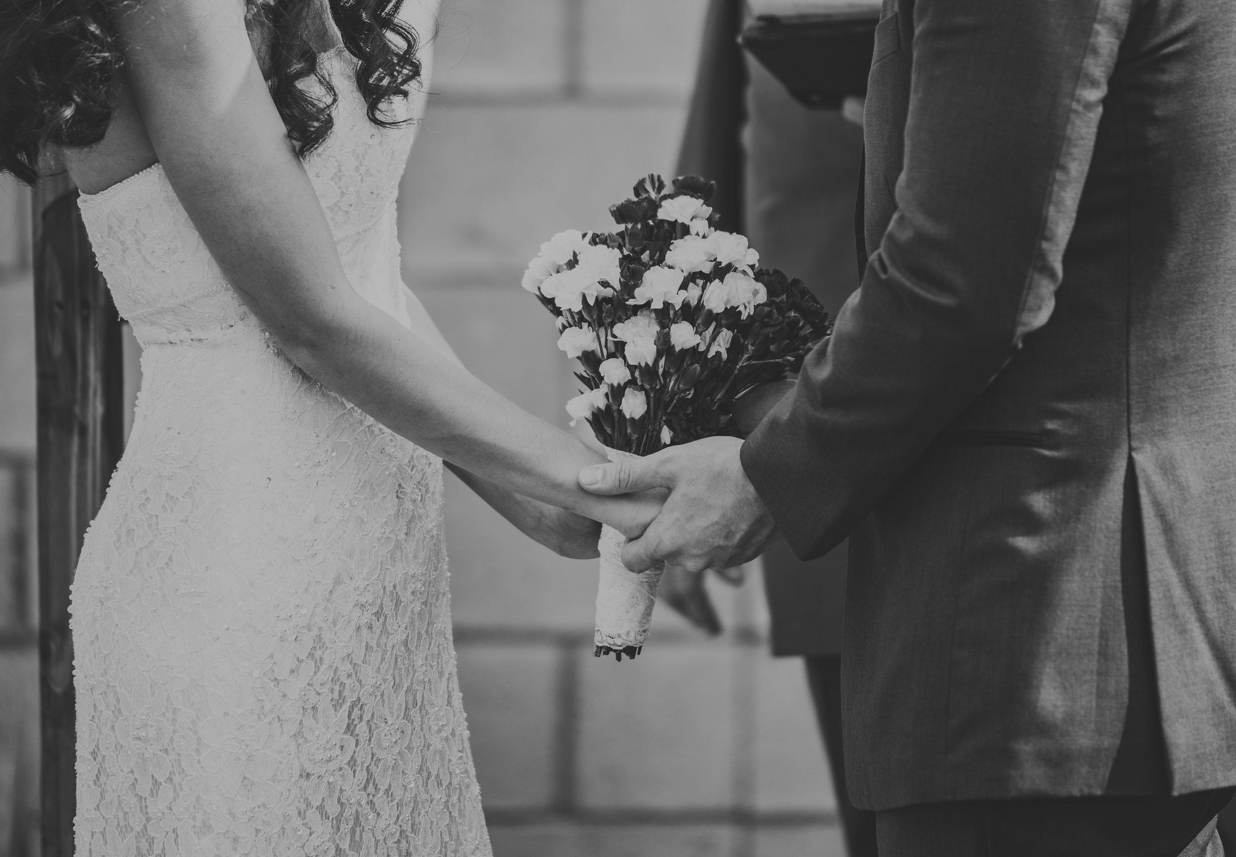Orangecountyintimatewedding-0017.jpg