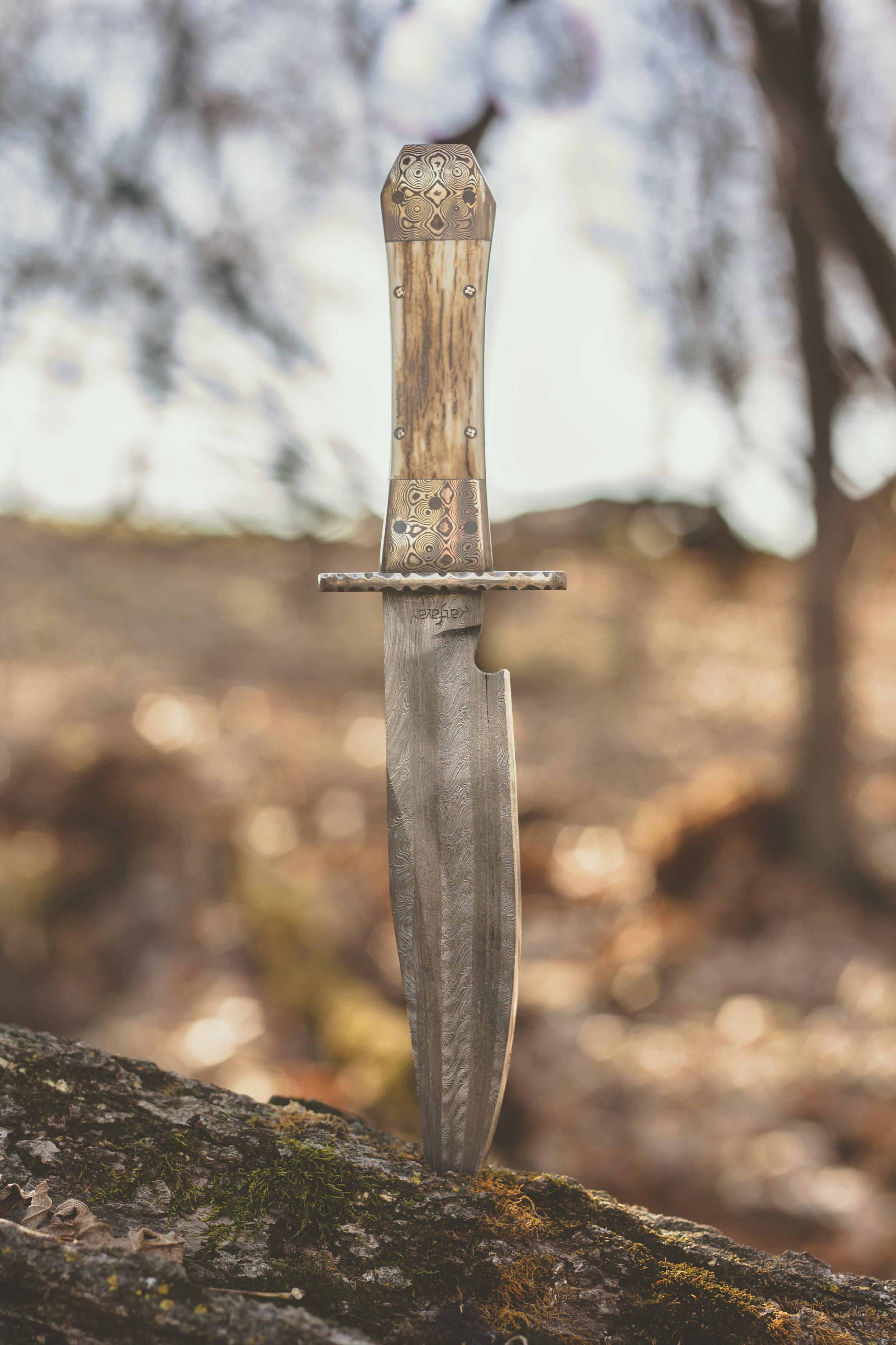 Damascus Hunting Knife with Mokume Gane