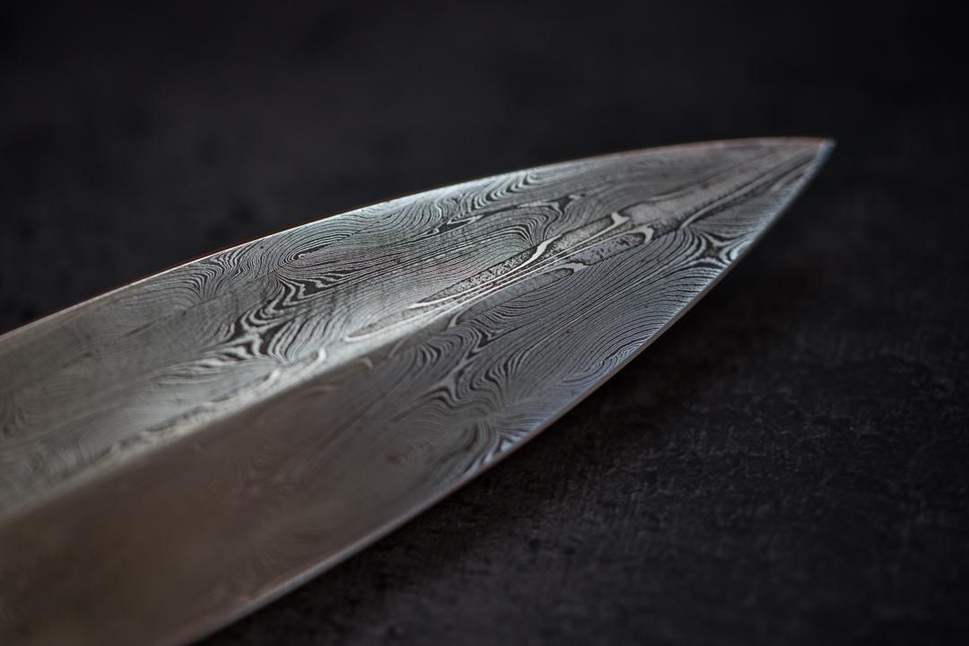smolen_forge_damascus_knife_chantal_gilbert_wisconsin_blacksmith2.jpg