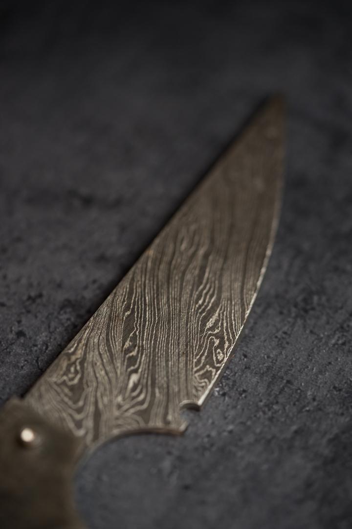 smolen_forge_damascus_steel_knife_blade_blacksmithg2.jpg