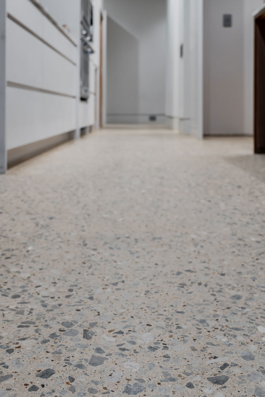 Large-aggregate-Polished-Concrete-Floor.jpg