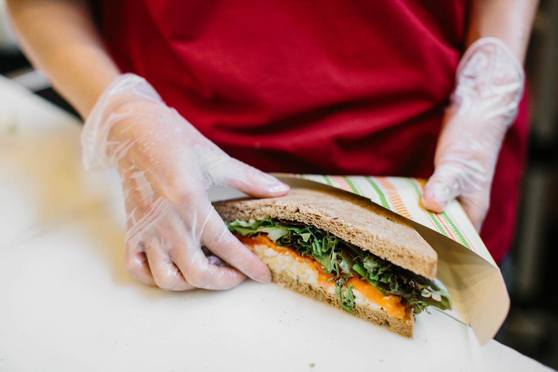 the sandwich shop_04.jpg