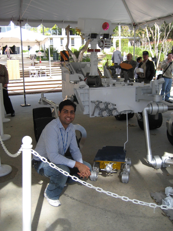 Curiosity Rover and Sojourner mockups at NASA/JPL in Pasadena (2007)