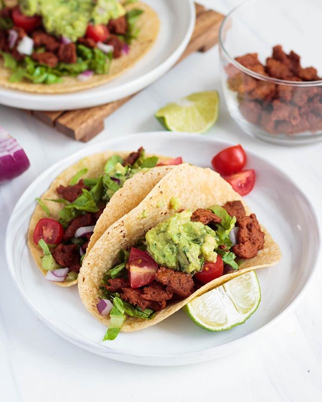 "New on the blog! Oil free seitan ""beef"" tacos! ✨  Seriously people, if you haven't made your own seitan yet...get on it lol. It drives me wild how easy and cheap it is to make seitan! This time I've gone for a healthy beef alternative that is low in fat and only takes about 40 minutes to prepare, and 30 of those minutes are just waiting for it to steam. 😅You can find the recipe linked in my bio, or head to https://www.meatlessinnewyork.com/all-1/vegan-seitan-tacos #meatlessinnewyork"