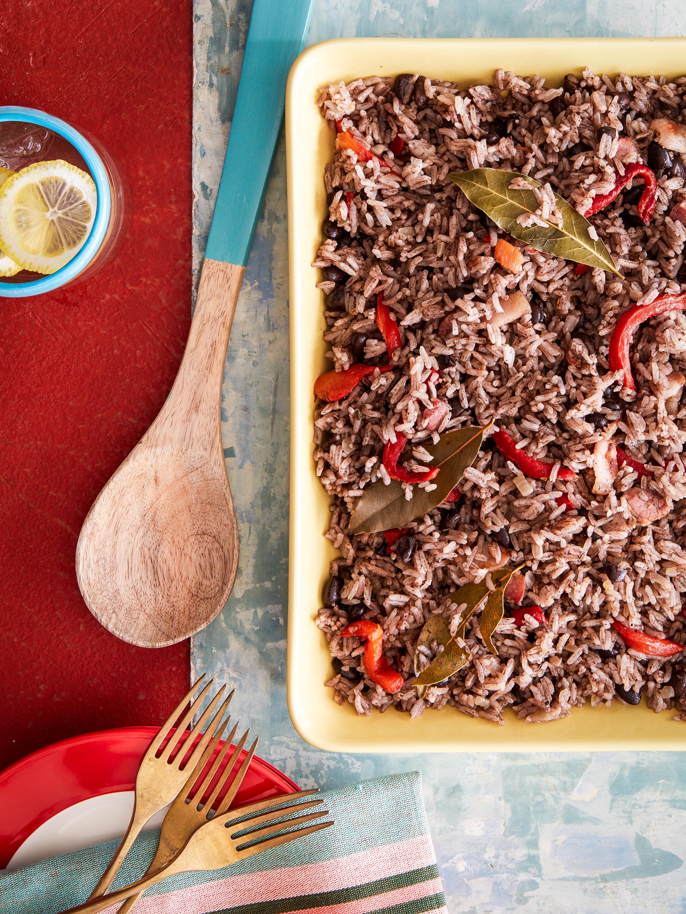 Cuba_Cookbook_Moros+Crisianos_0601.jpg