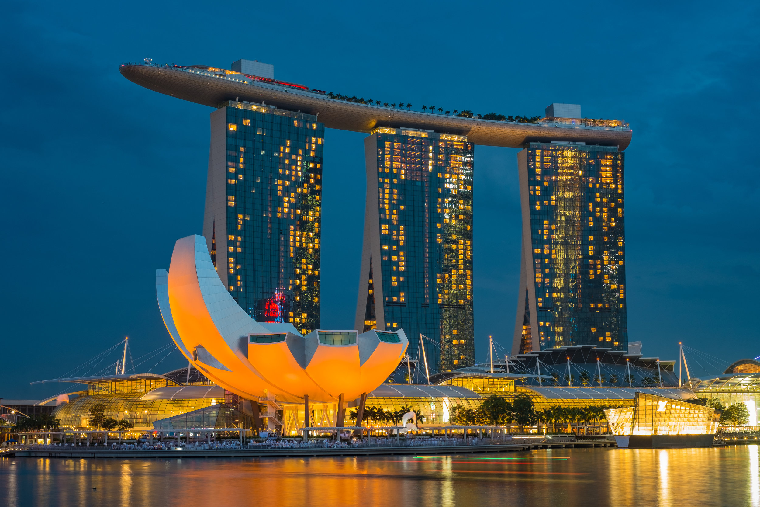 Cruise to Singapore from Sydney on Explorer Dream - Sales to 30 Sept 2019Flights extra14 nights from $2235 pp share twinBonus: Save up to 50%
