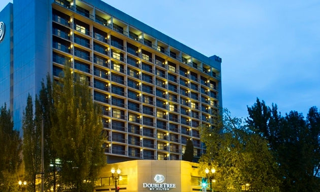 DoubleTree by Hilton Portland - 1000 NE Multnomah St.Portland, OR 97232