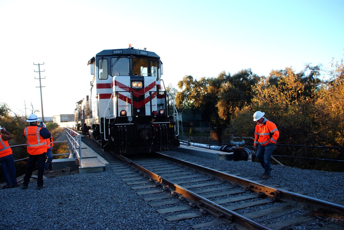 Modesto and Empire Traction Company Train and Workers