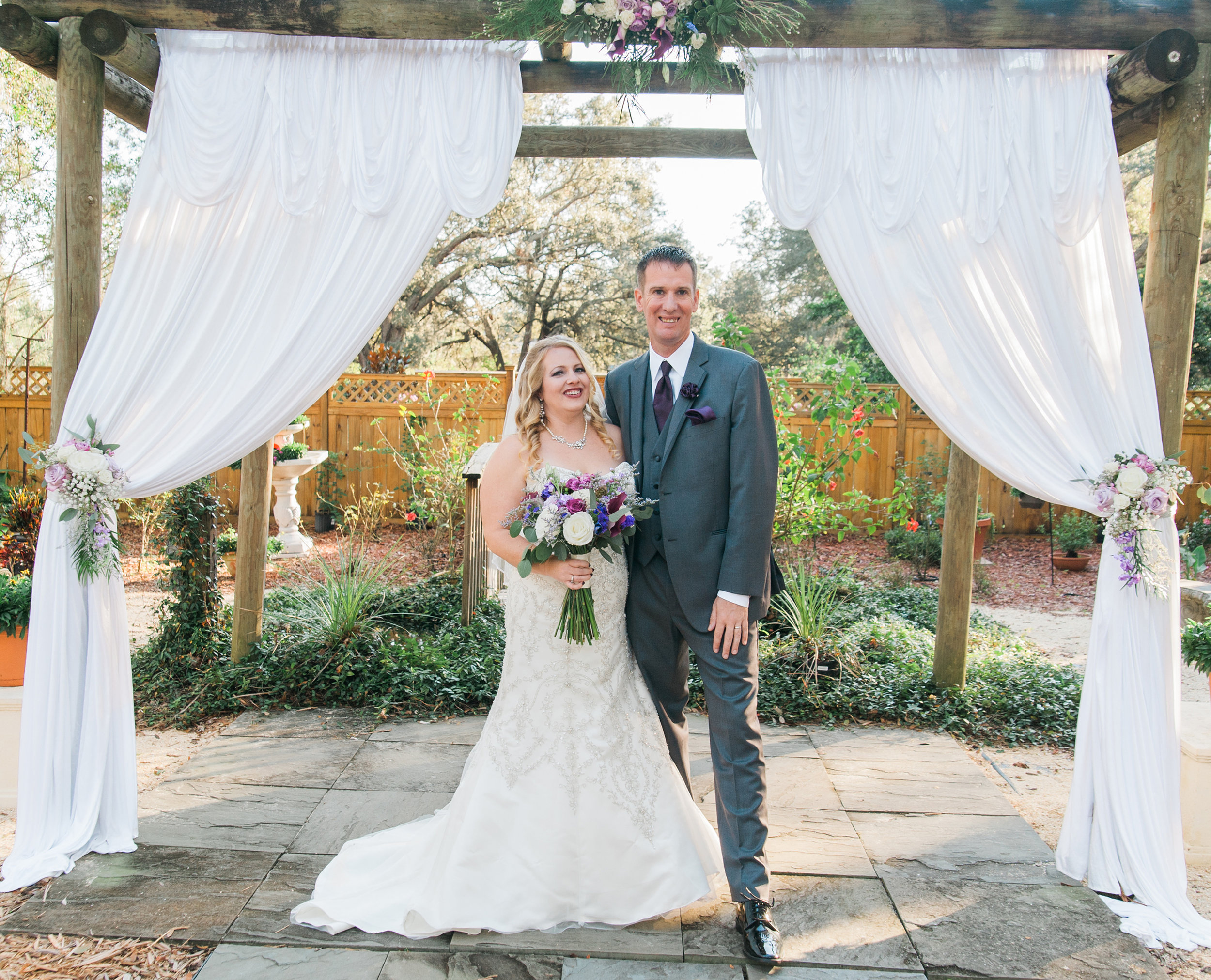 Following the destruction of Hurricane Irma in 2017, after initially having to postpone their wedding. Jonathan and Courtney tied the knot in November that year.