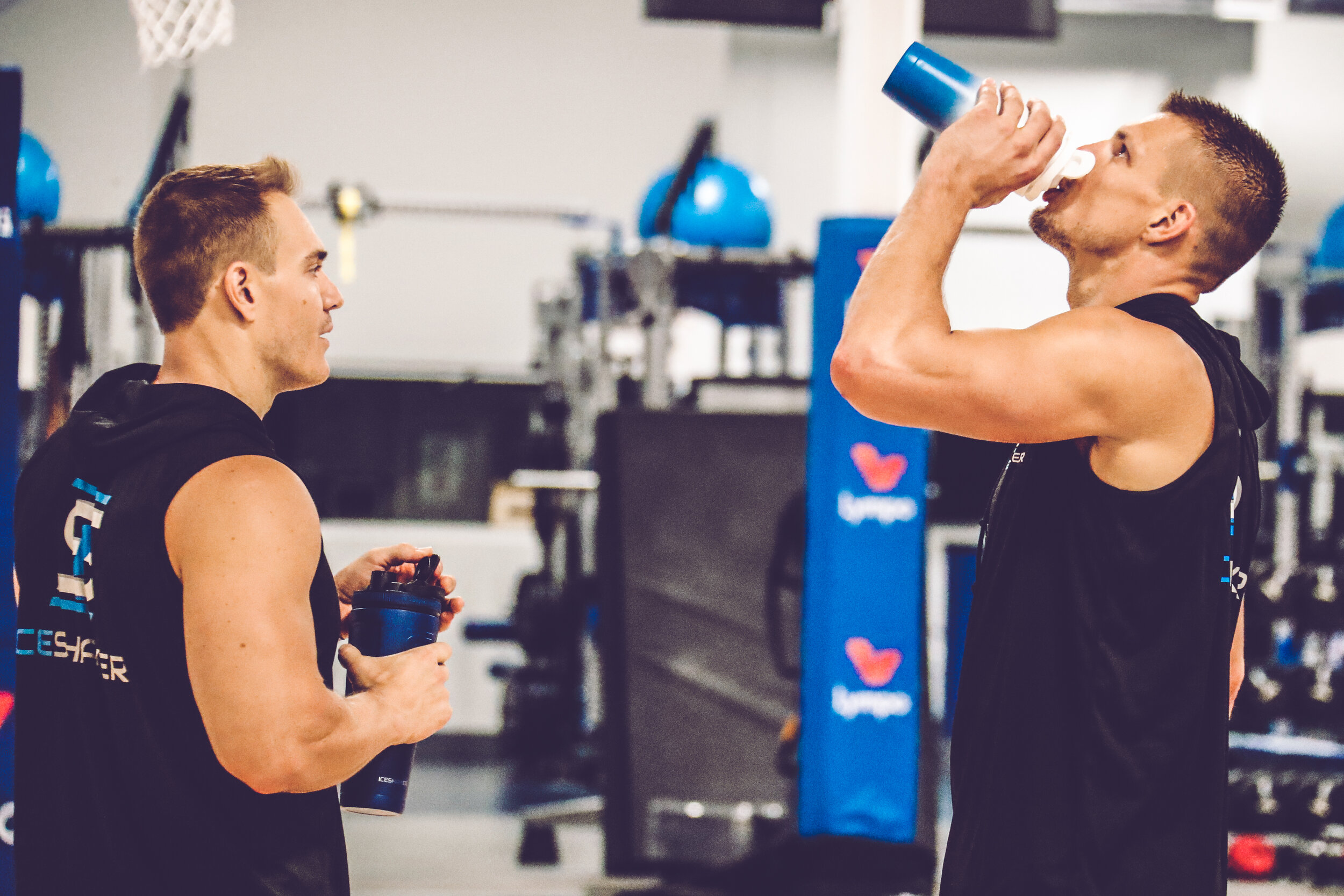 Chris (L) and Rob (R) are pros at keeping it cool before their gym workouts heat up, 2019.