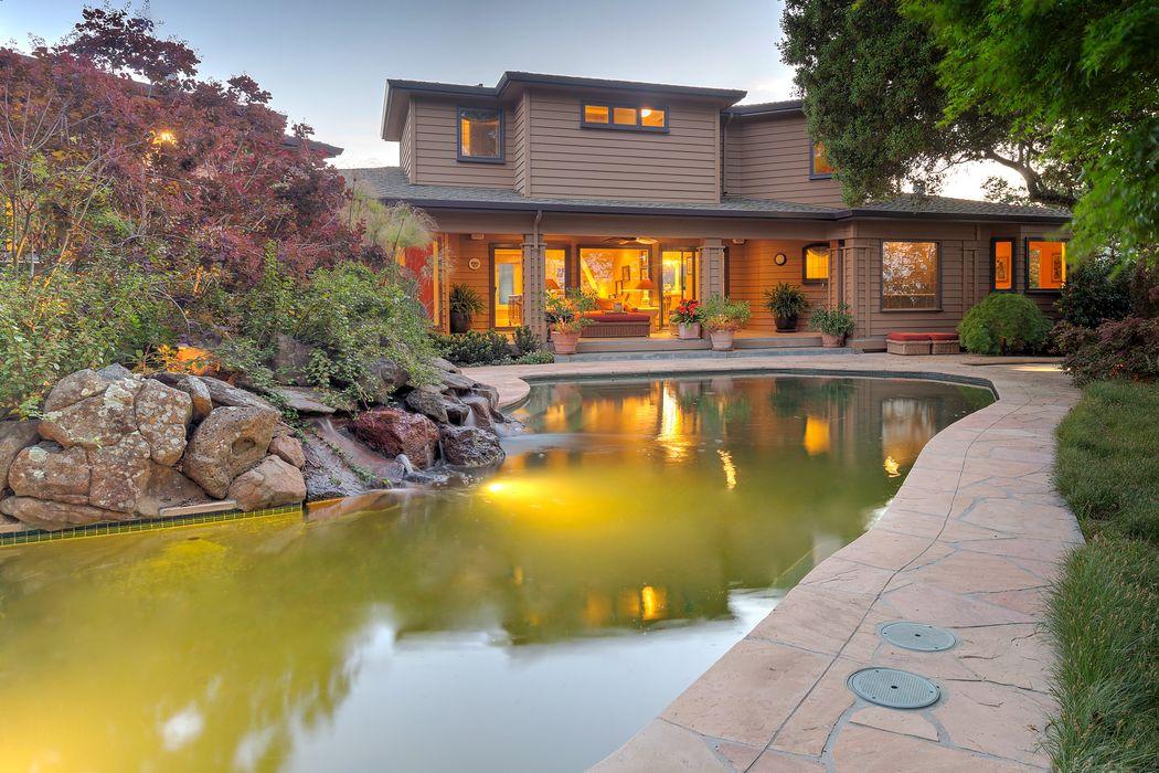 2 Sierra Lane, Portola Valley, CA | $4,750,000