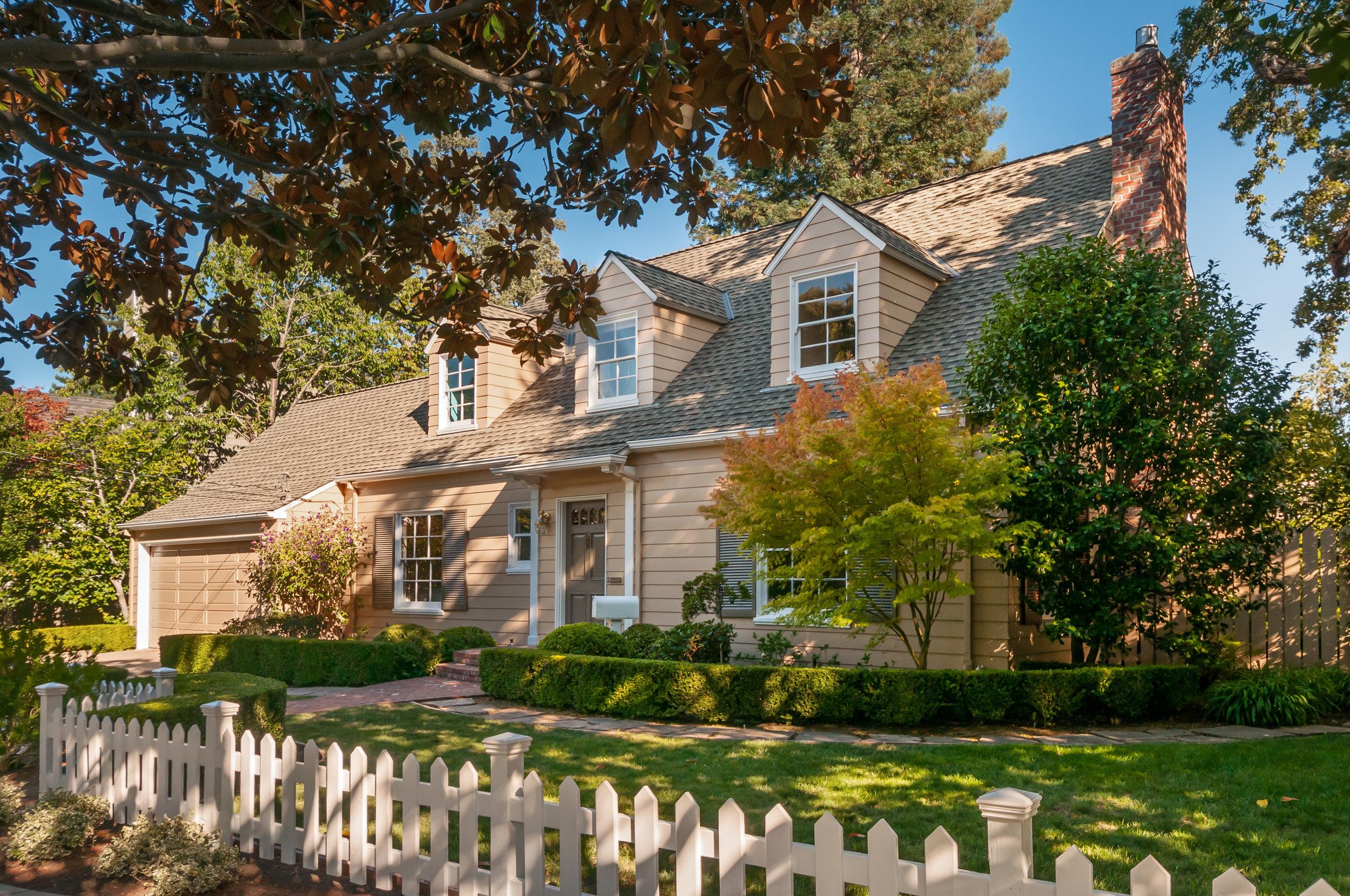 899 Blandford Blvd, Redwood City, CA | $2,795,000