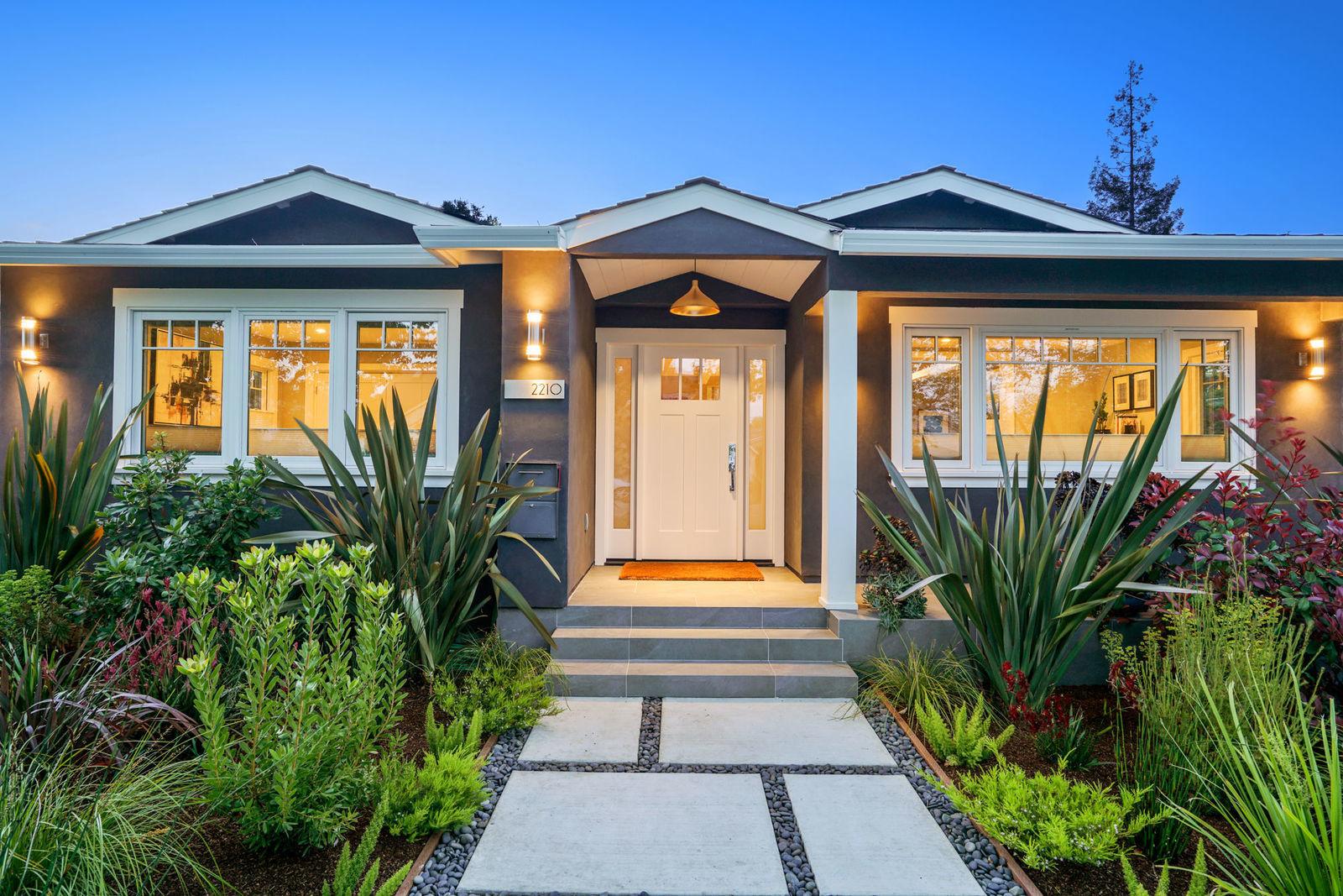 2210 Brewster Ave Redwood City, CA | $2,225,000