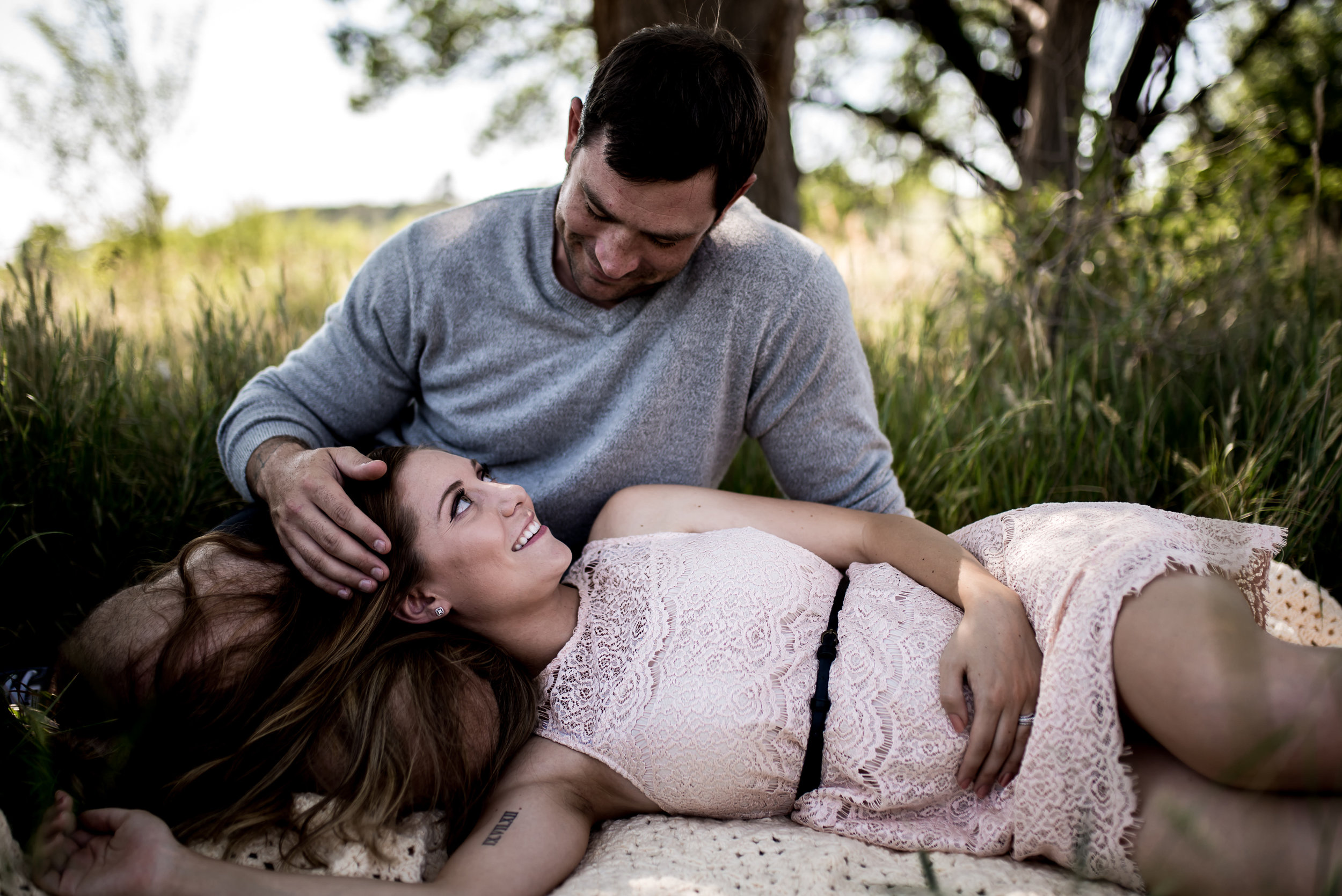 organic light photography couples maternity (13).jpg