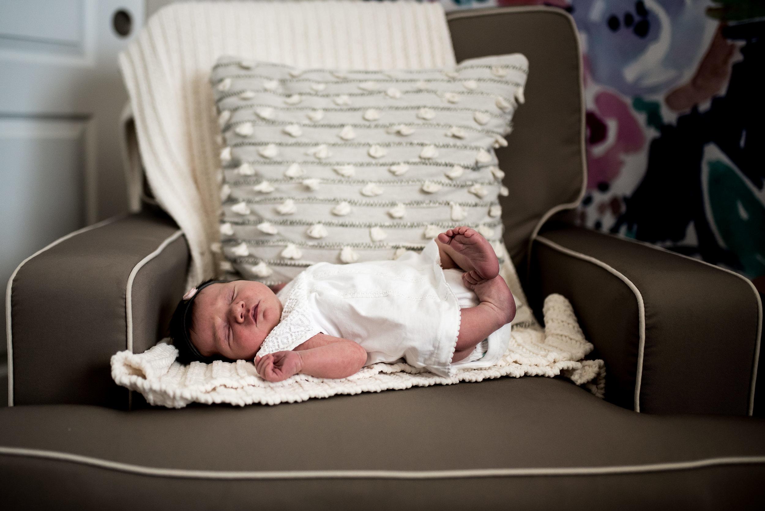 organic light photography children and newborns (33).jpg