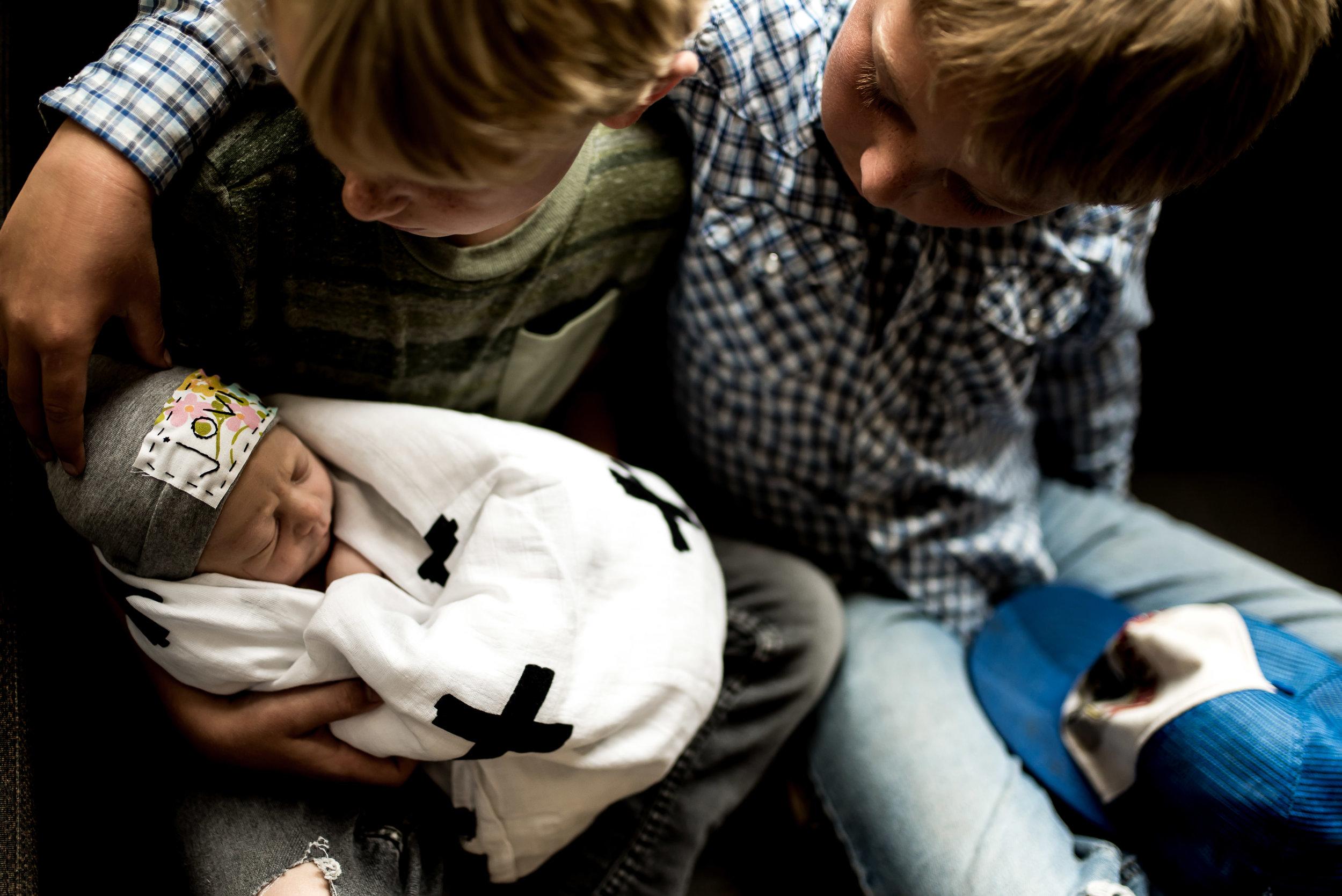 organic light photography children and newborns (56).jpg