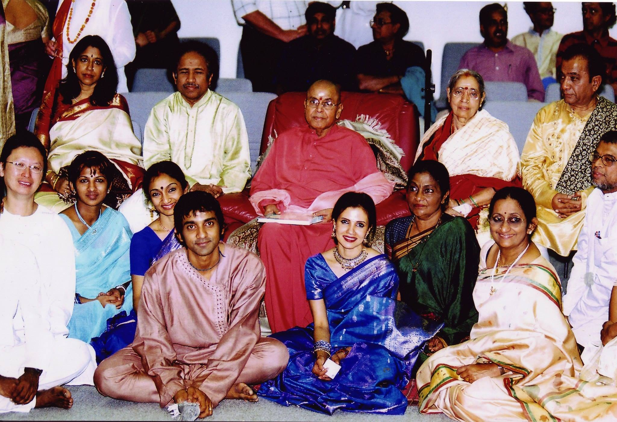 The senior teachers and gurus at SMV's official launch in 2004.