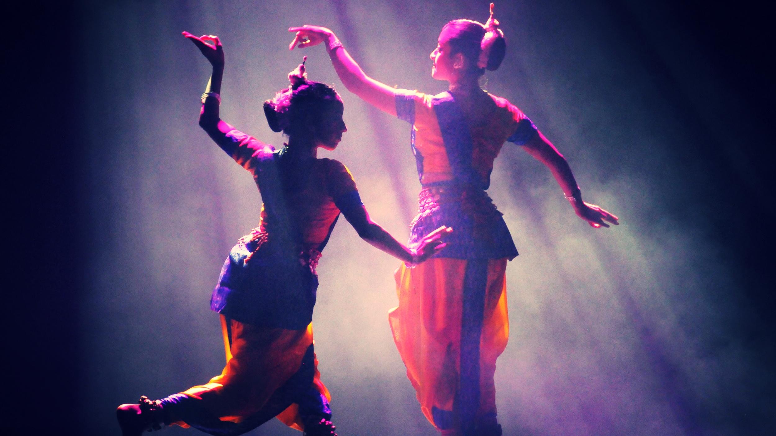 DANCE - Bharata Natyam,Contemporary,Kathak,Odissi or Bollywood