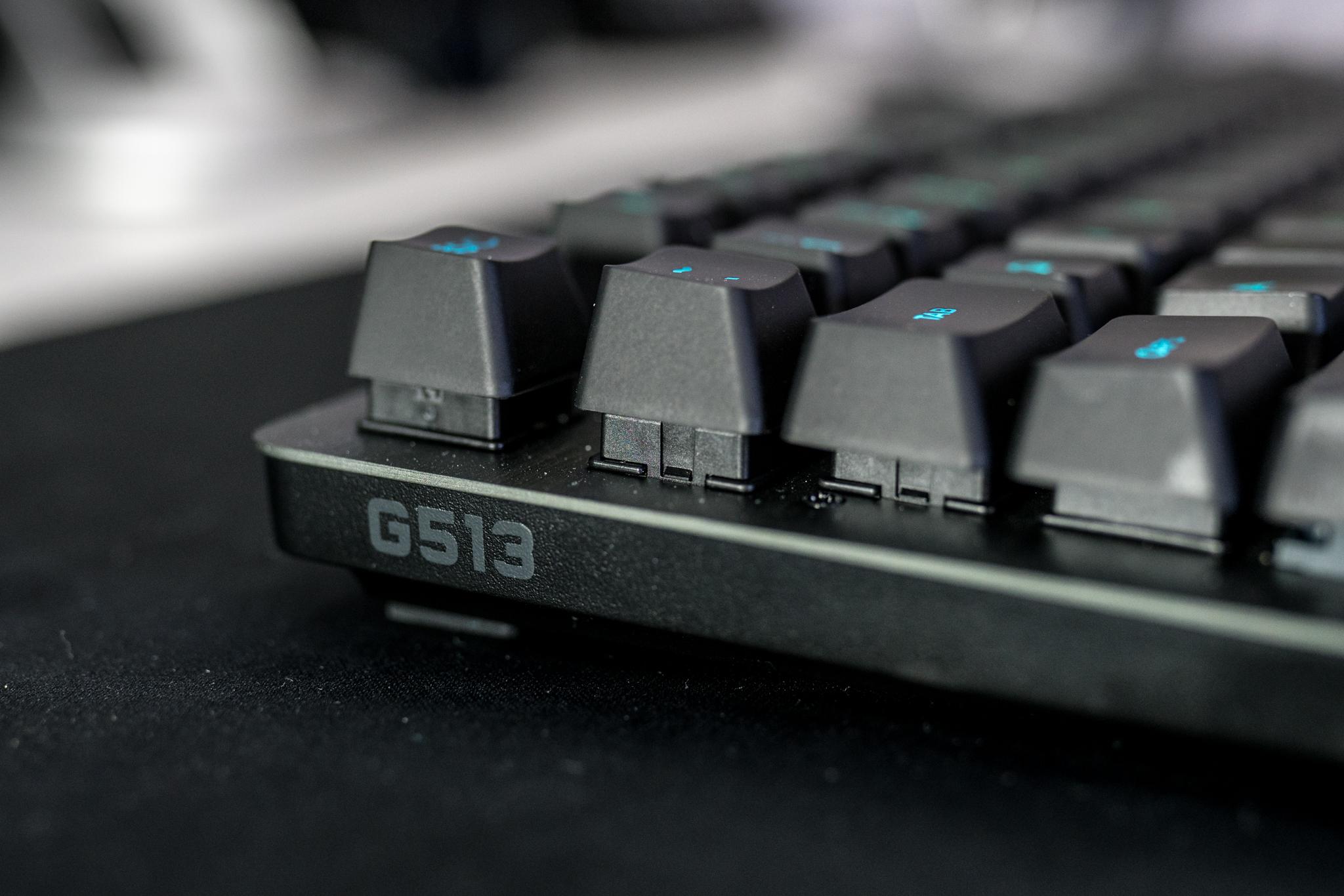 AR702980.jpg