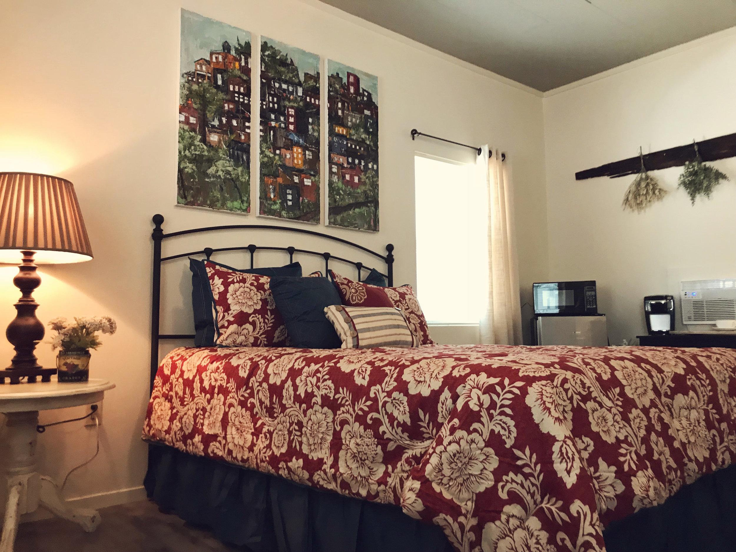 #3-bed.jpg