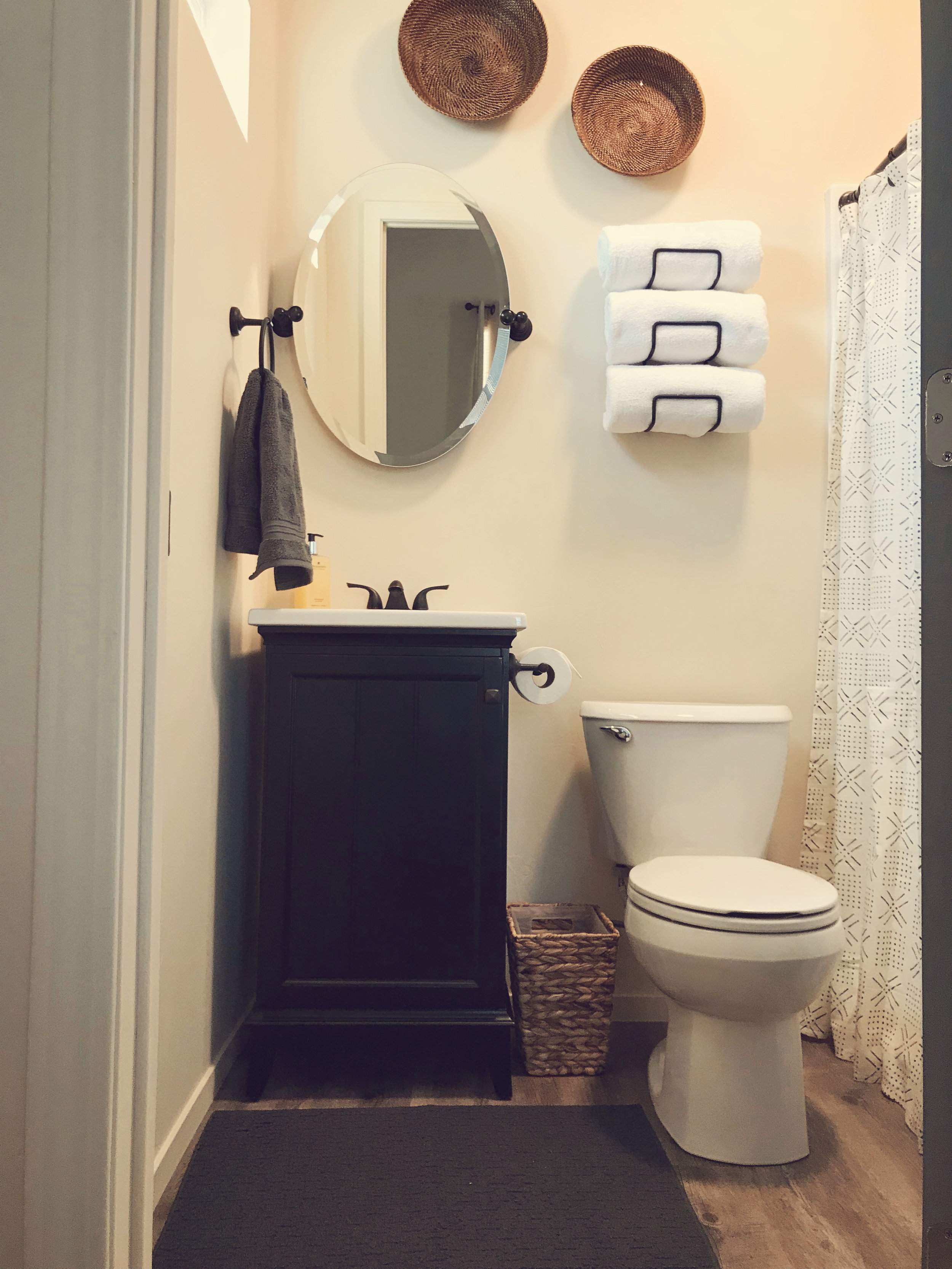 #3-bath.jpg