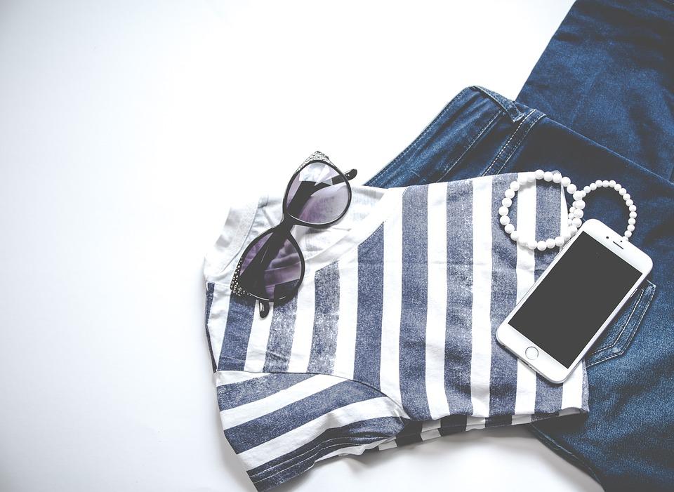 clothing-3221103_960_720.jpg