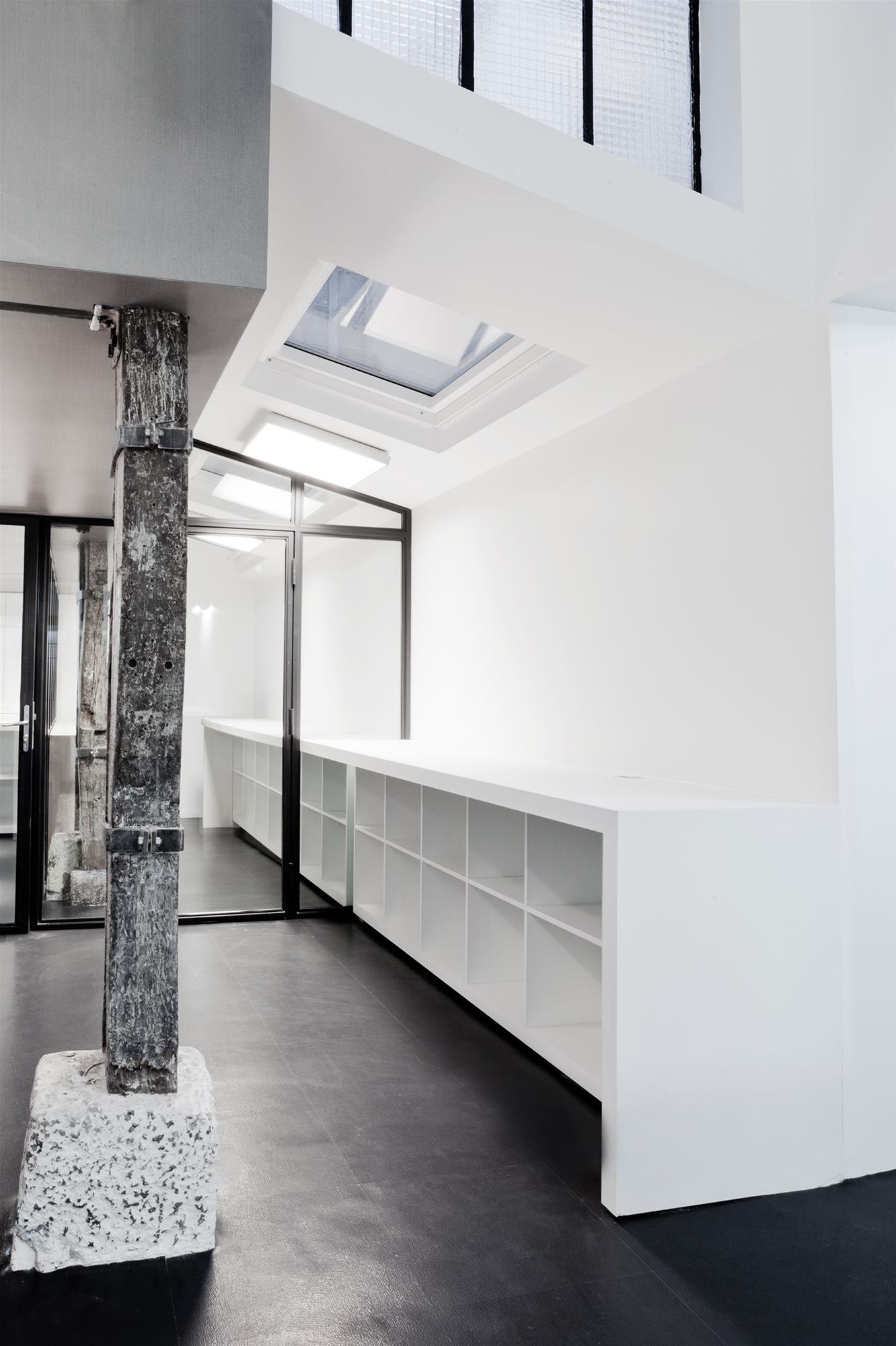 atelier_stefan_lubrina_interior_mobilier.jpg
