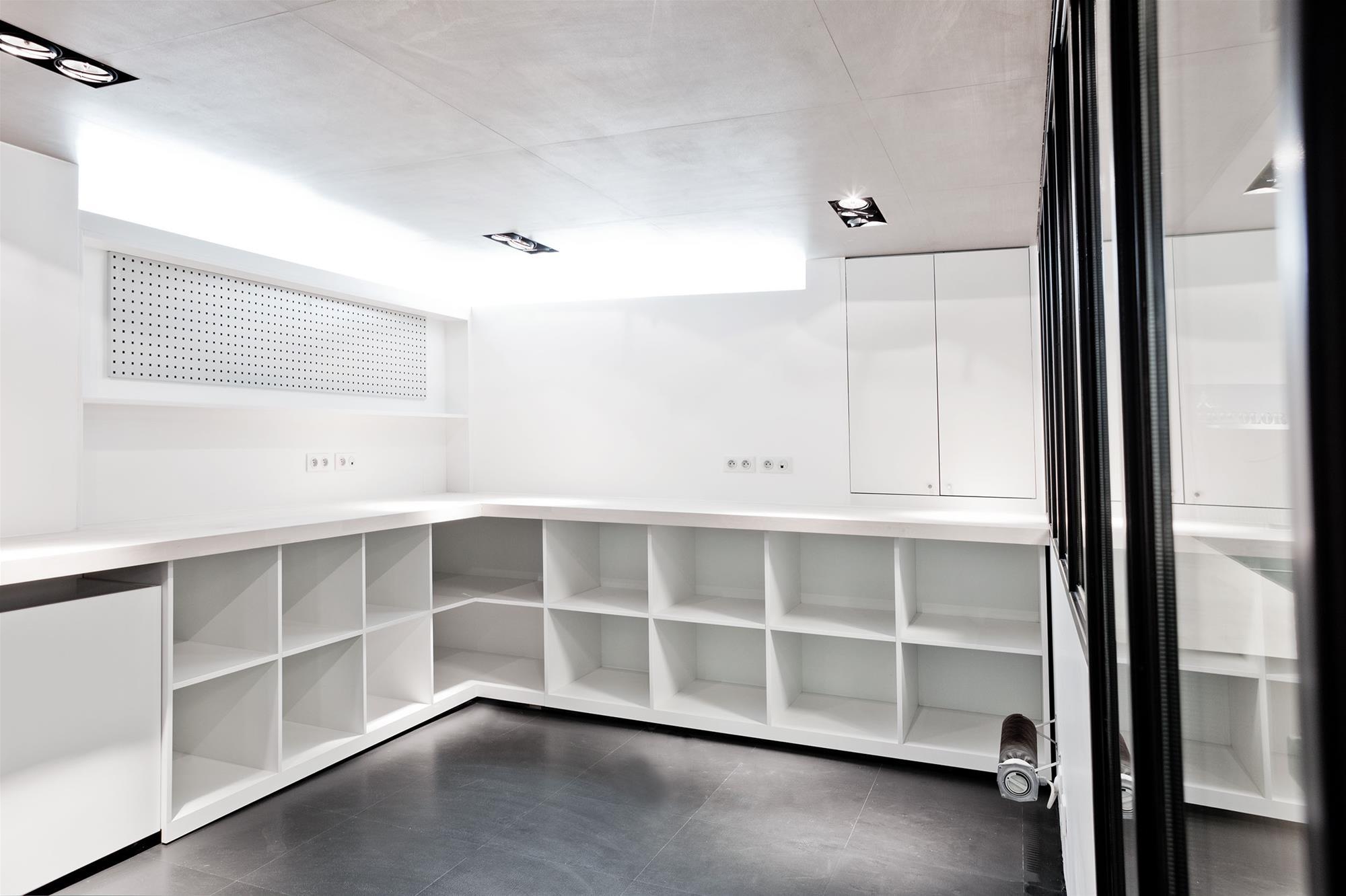 atelier_stefan_lubrina_interior_mobilier1.jpg